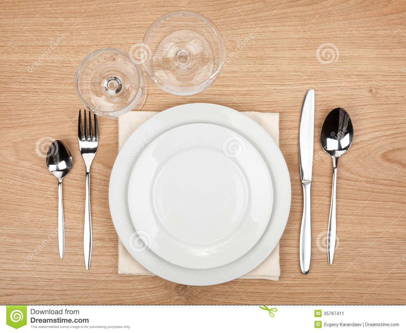 how to set silverware on the table