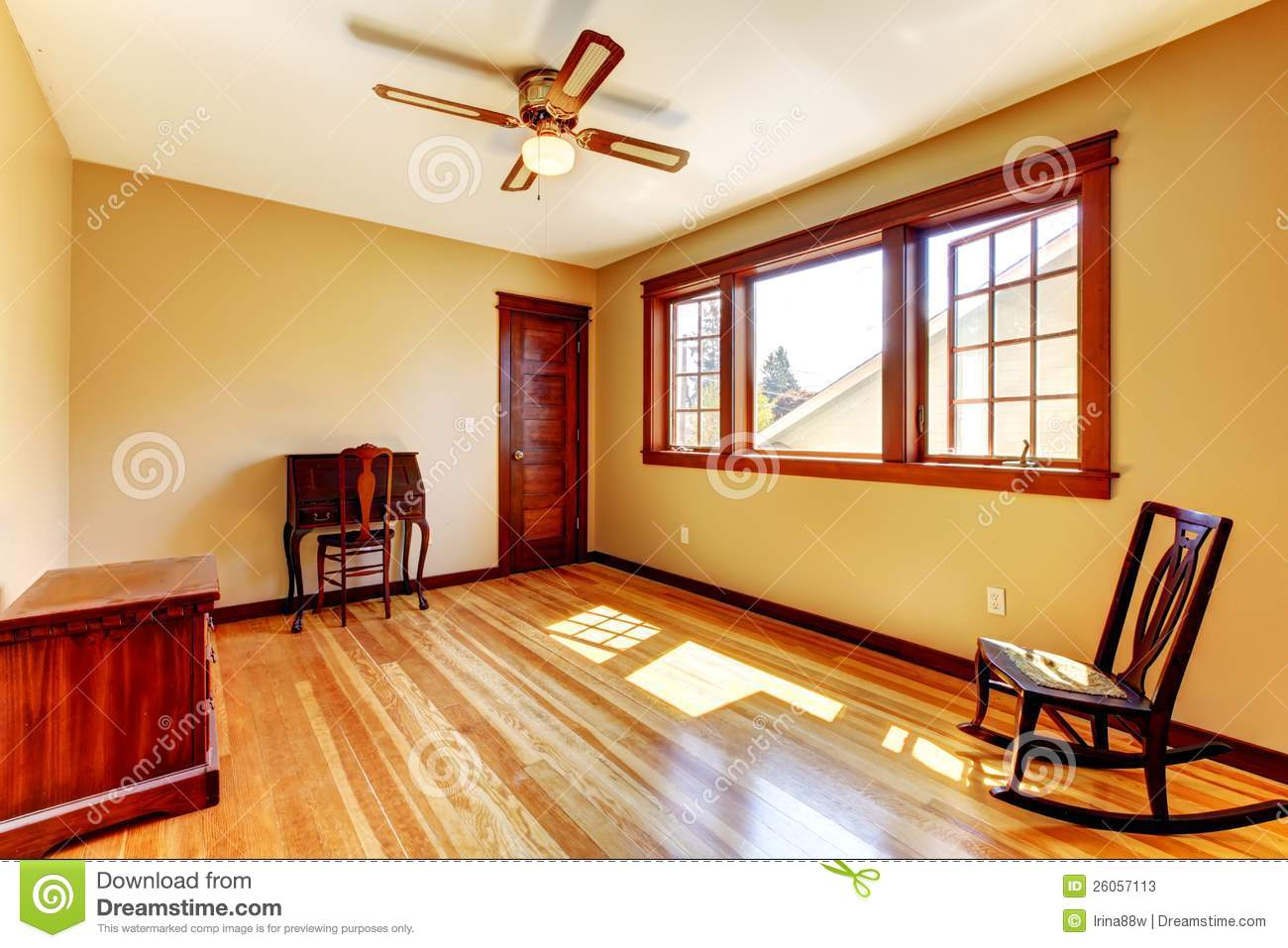 Yellow Walls Empty Room With Yellow Walls And Hardwood Floorstock Photos