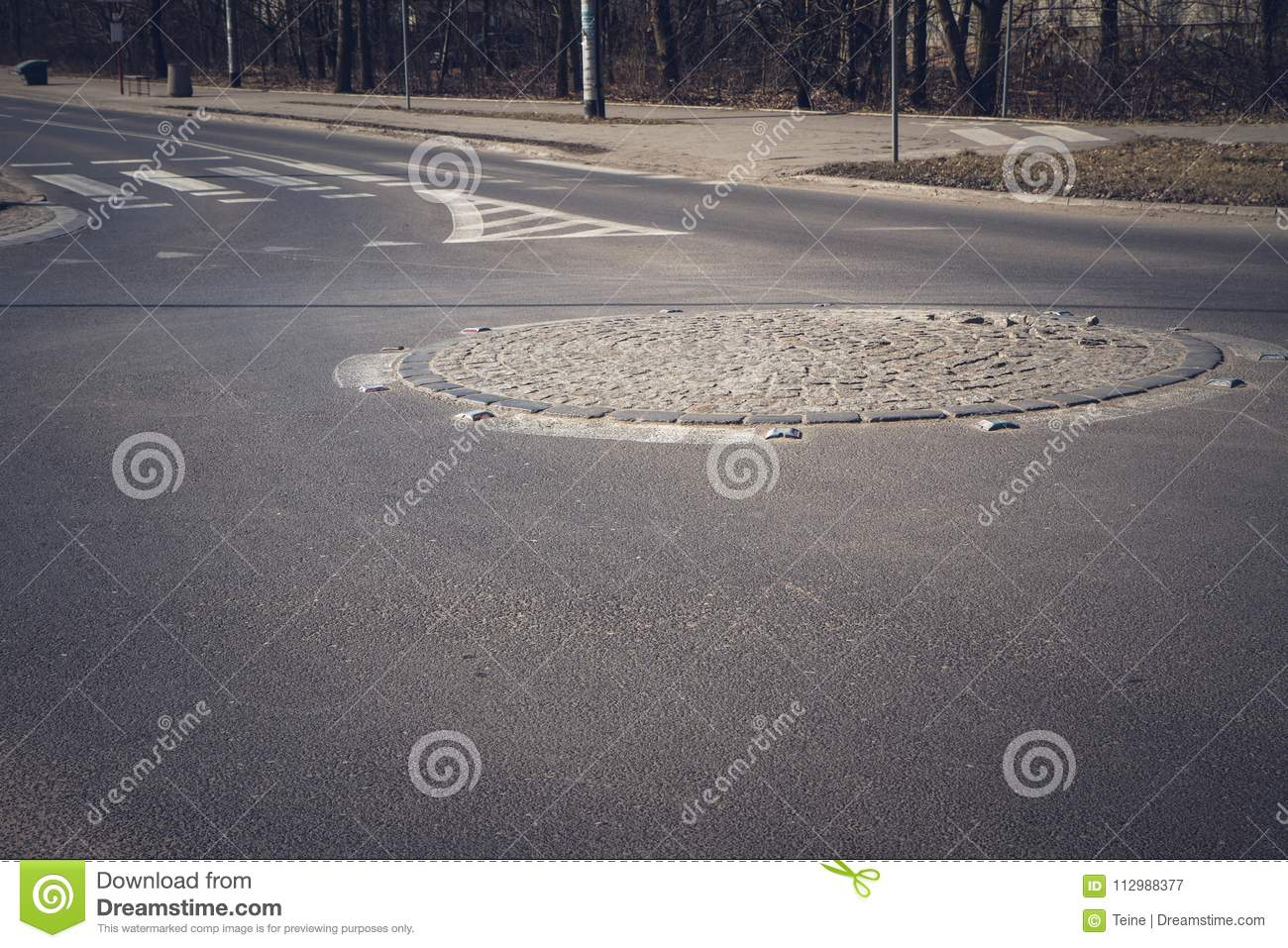 An empty Roundabout