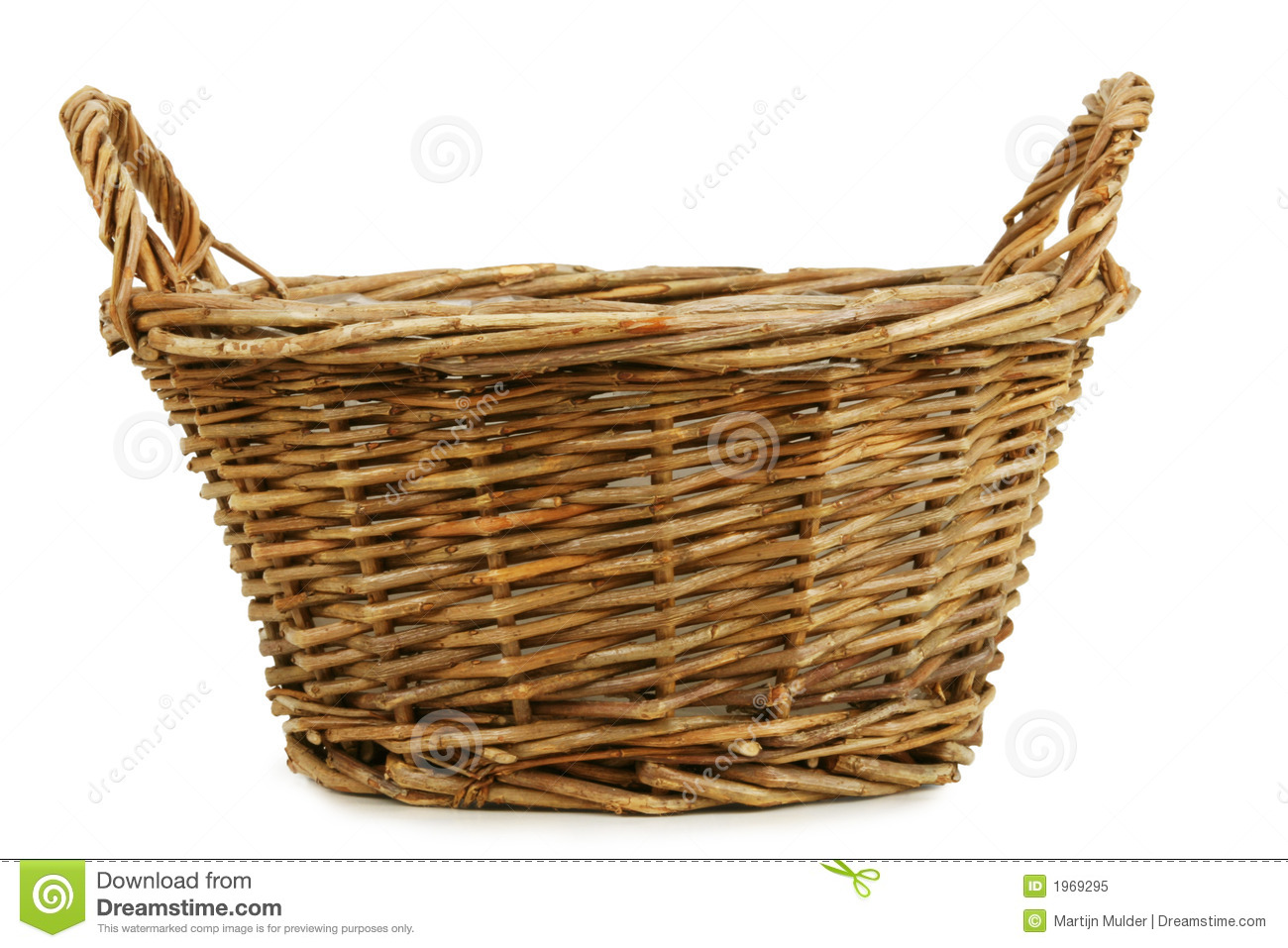 Panier En Osier Wicker : Empty wicker basket royalty free stock photo image