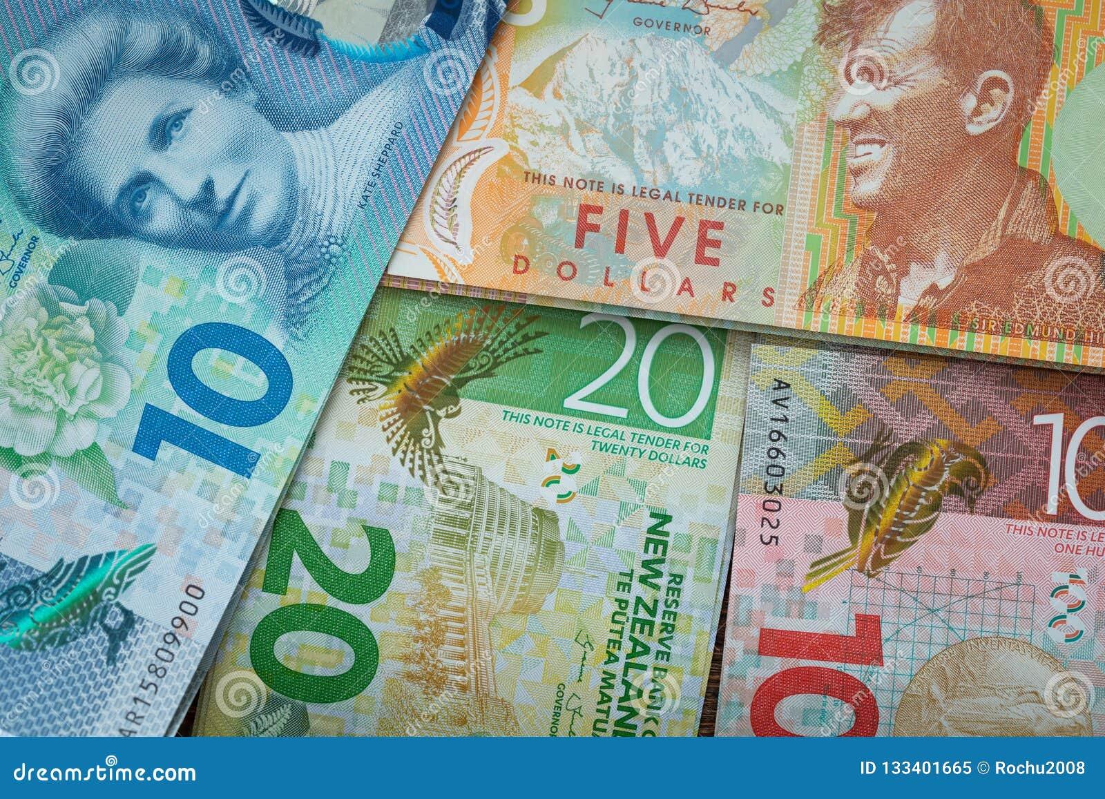 En alguna parte en Nueva Zelandia Dinero/dólar/diversa denominación