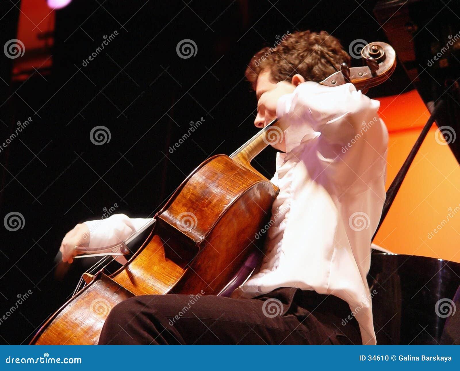 Download En el concierto foto de archivo. Imagen de escuche, cadenas - 34610
