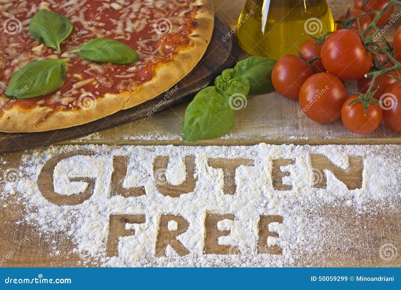 En fri pizza för gluten på bakgrund