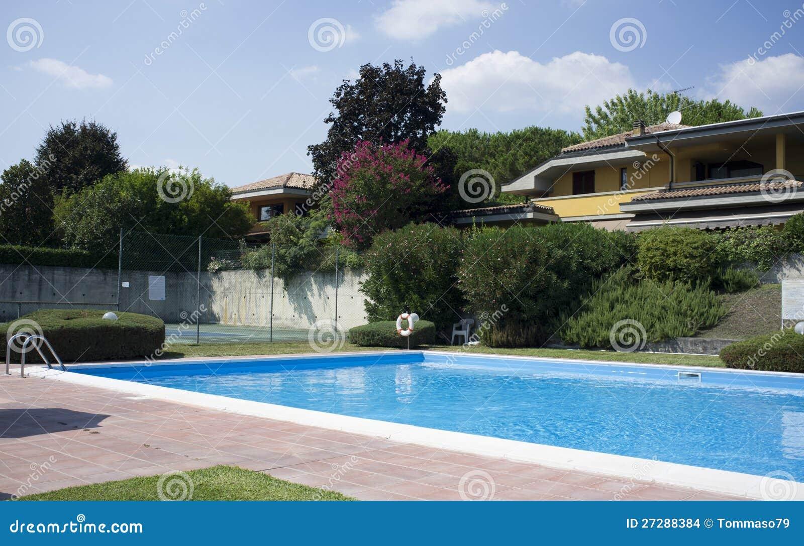 En härlig utgångspunkt med simbassängen