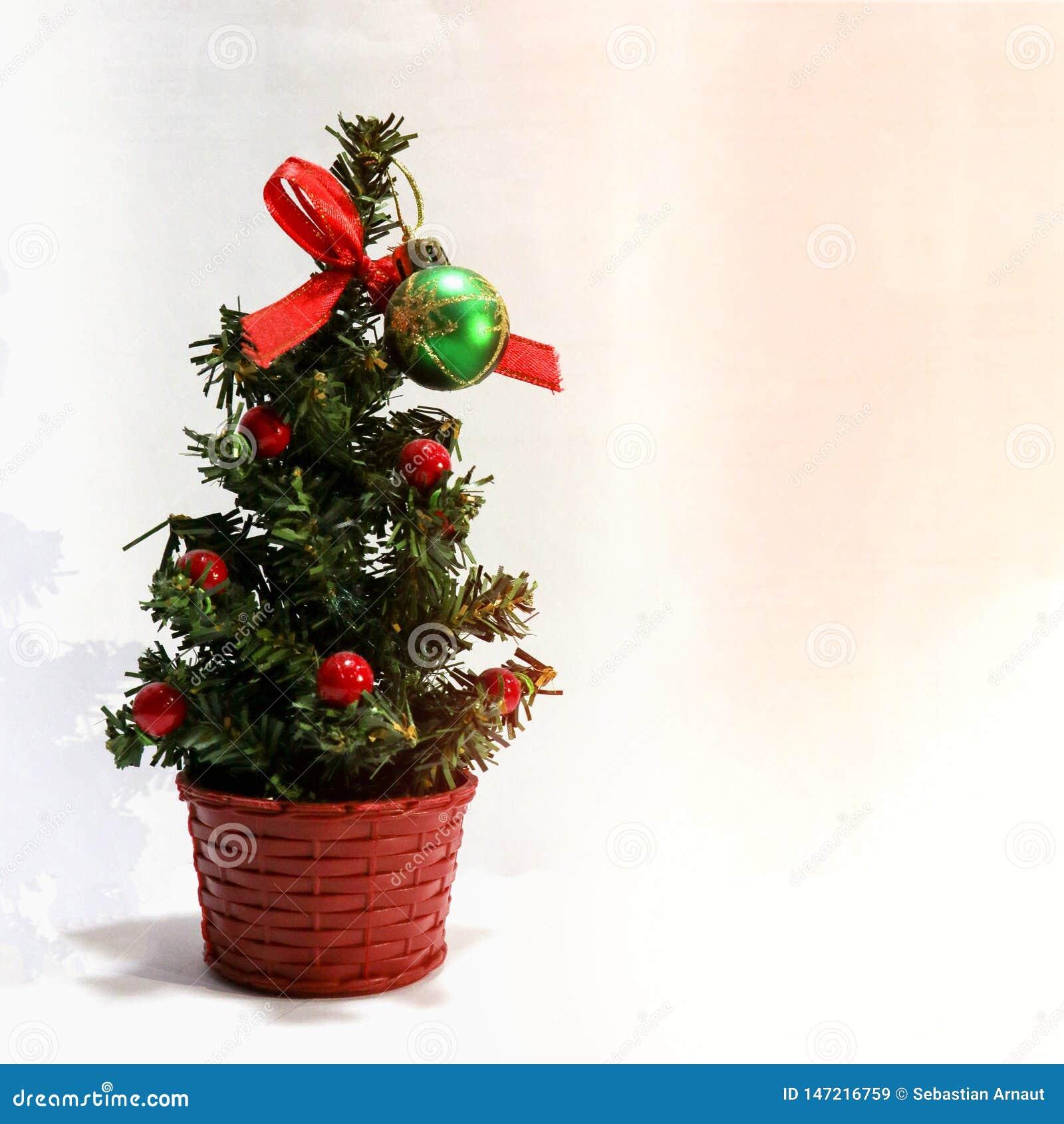 En konstgjord julgran