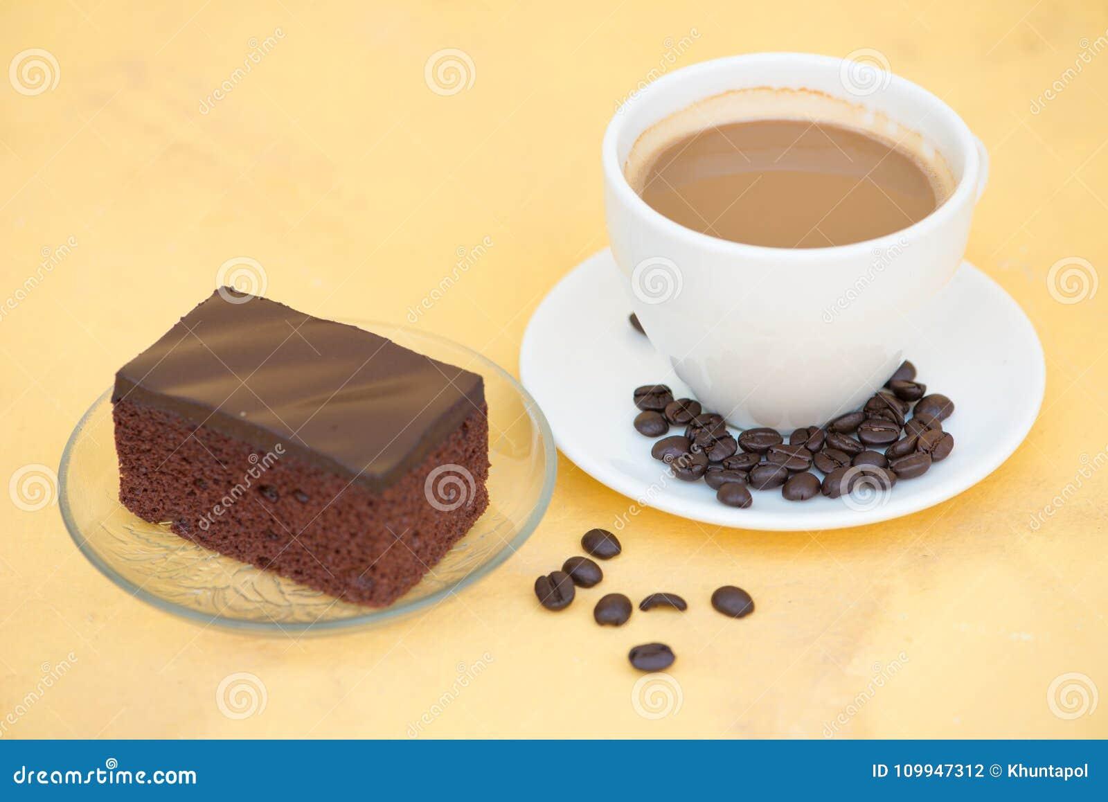 chokladkaka i kopp