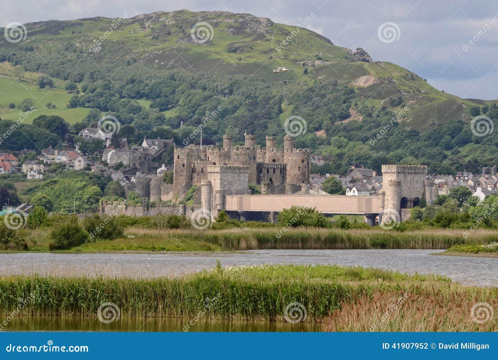 En las paredes del castillo