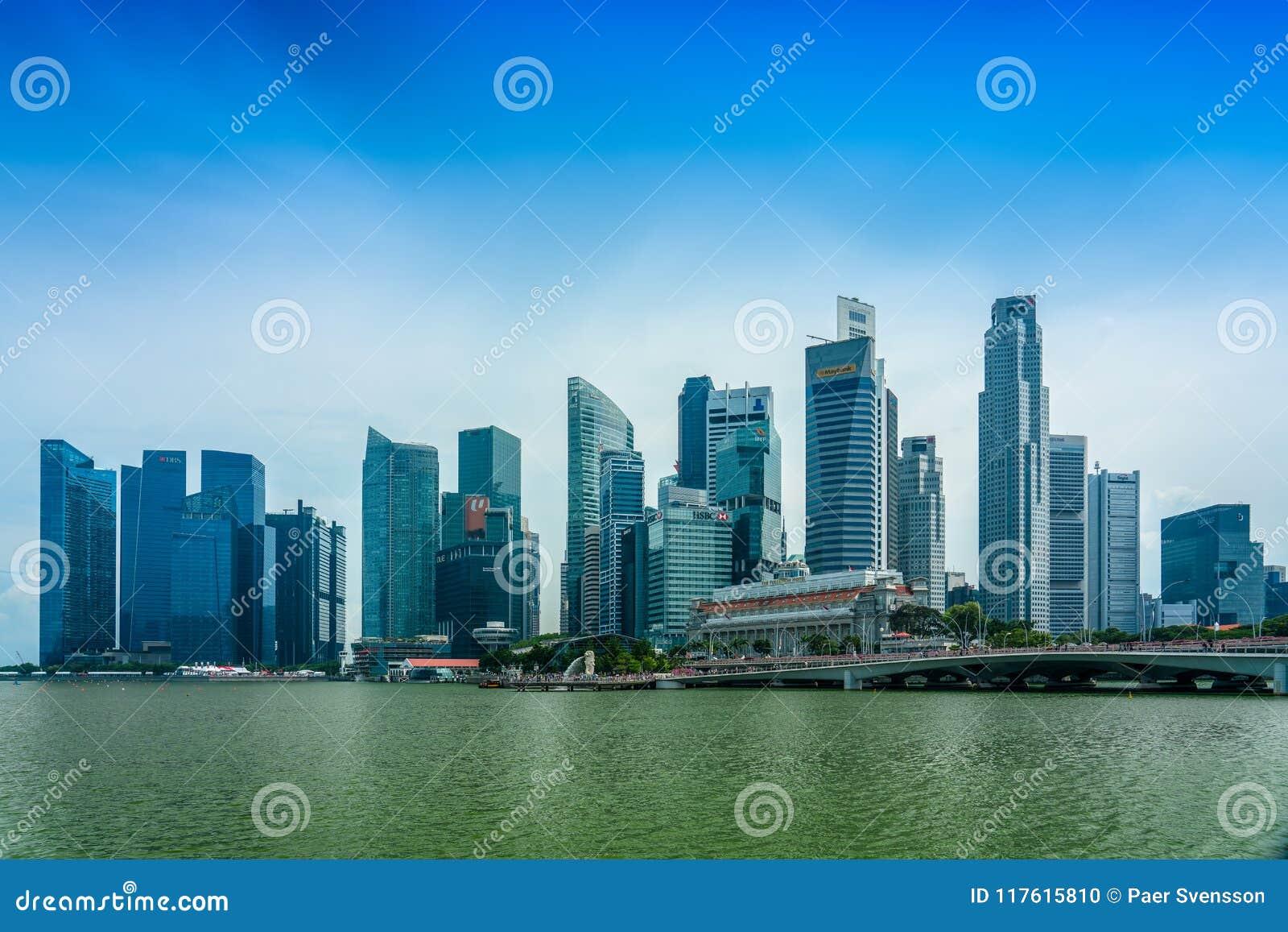 En Marina Bay, explanada