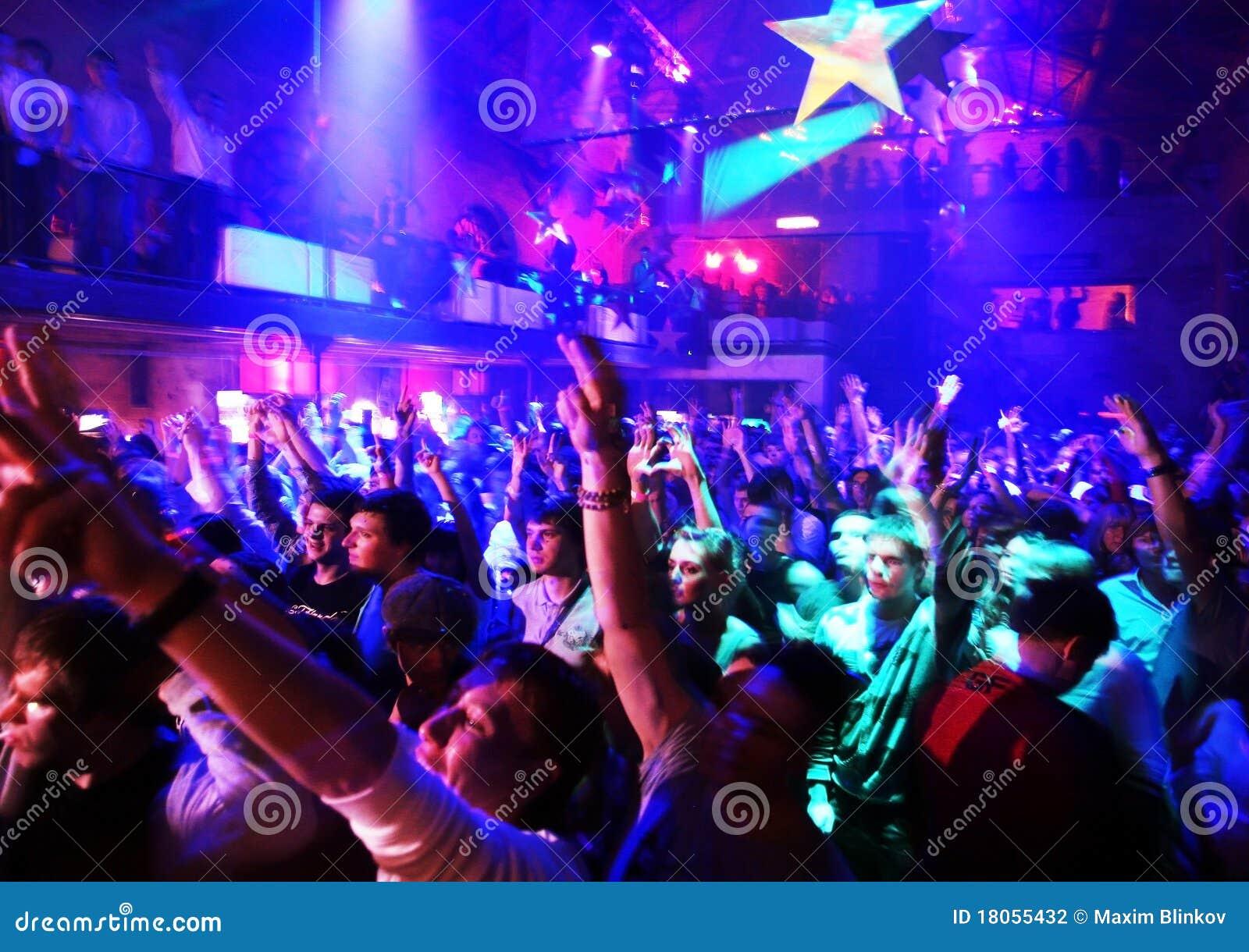 Club nocturno novias de internet consolador