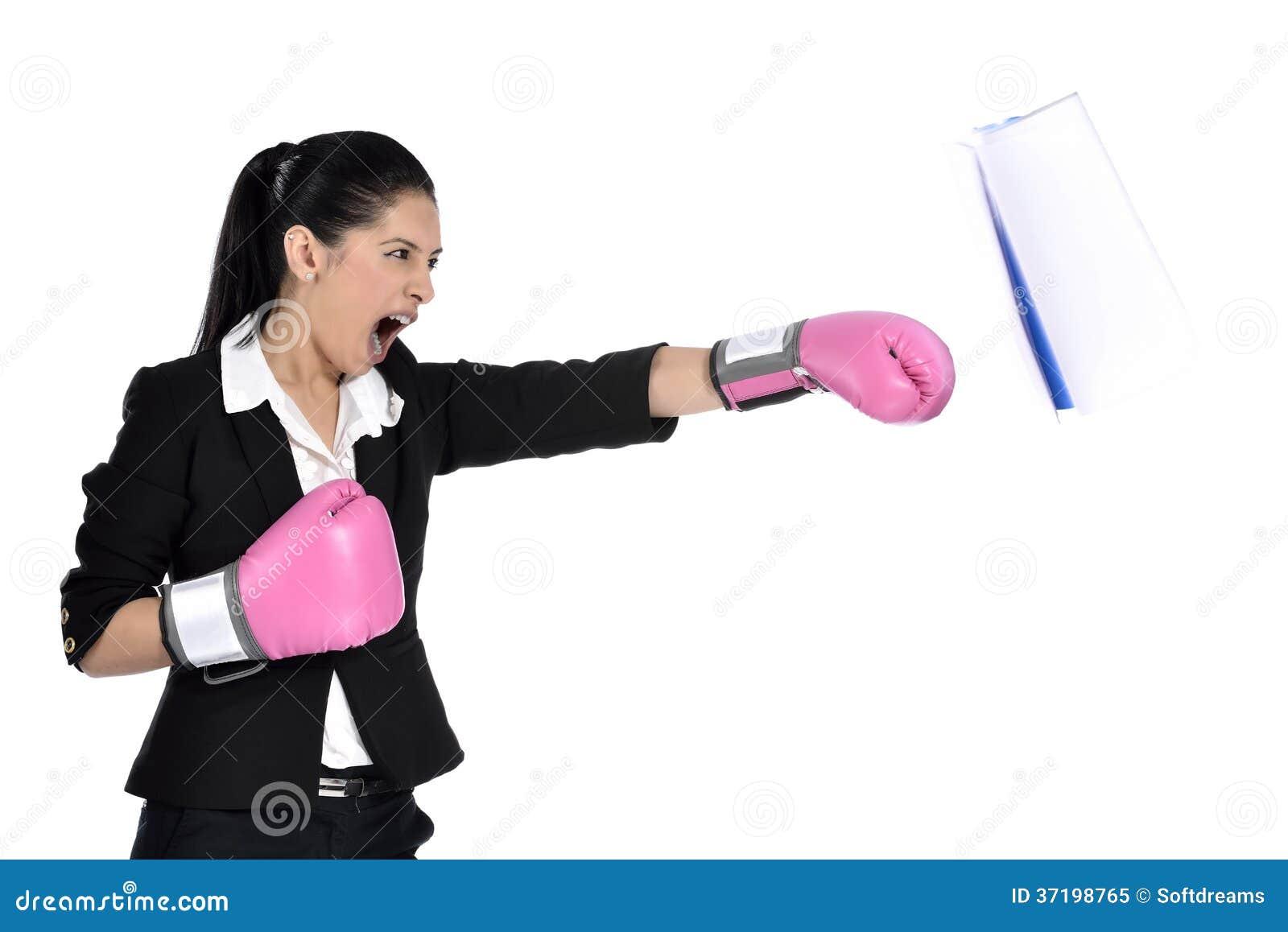 Encaixotamento da mulher de negócio
