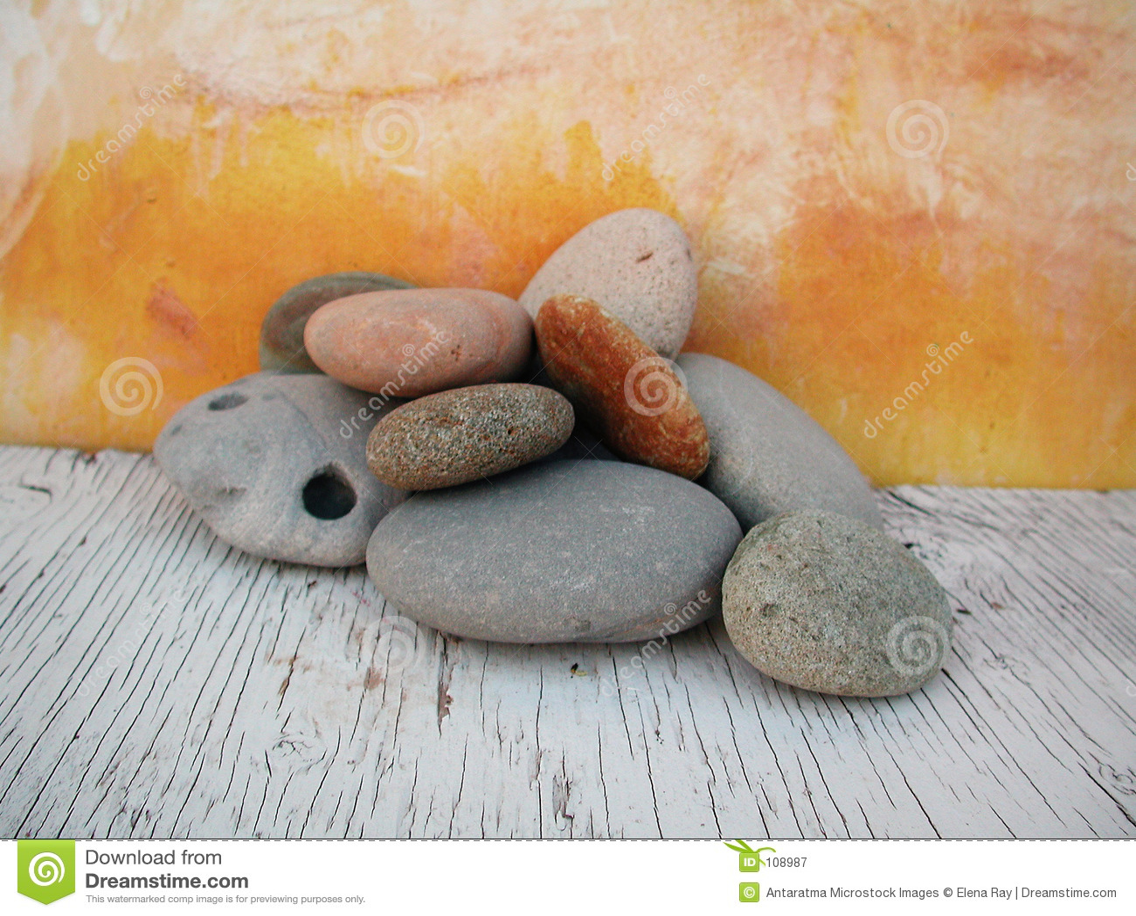 Encalhe o estúdio 2 da luz natural das pedras