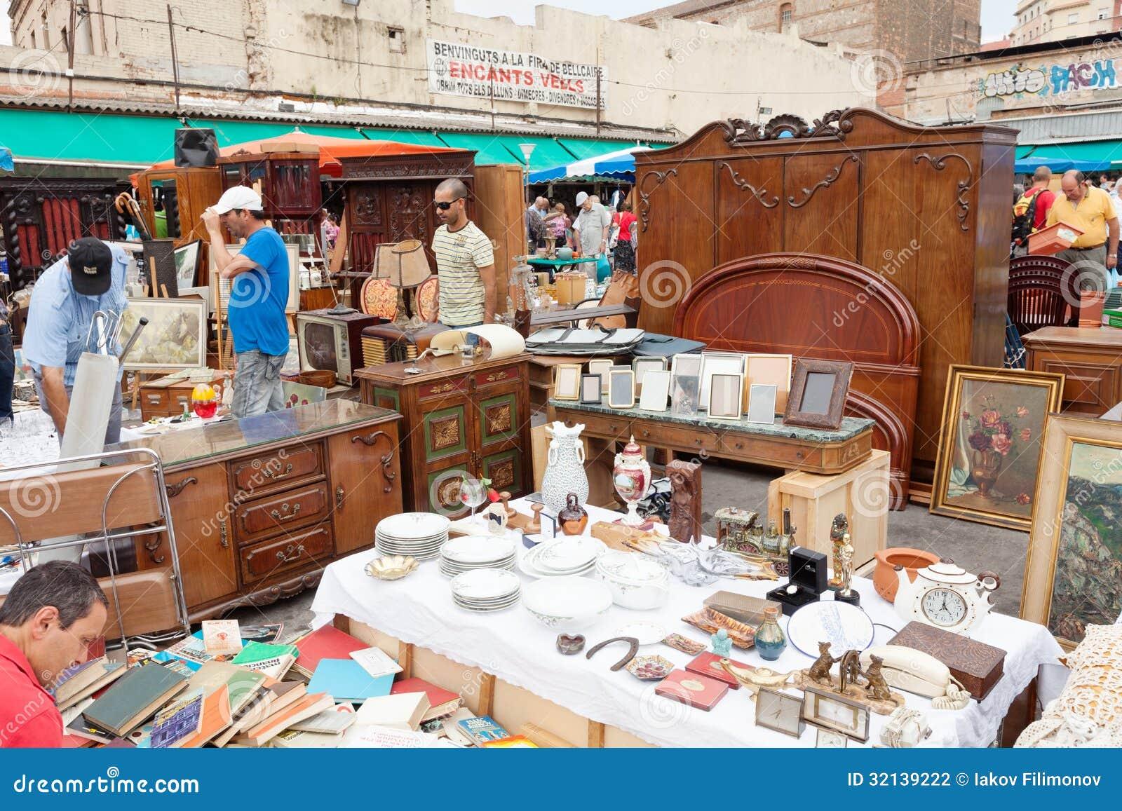 Encants vells flea market barcelona editorial photography - Encantes barcelona ...