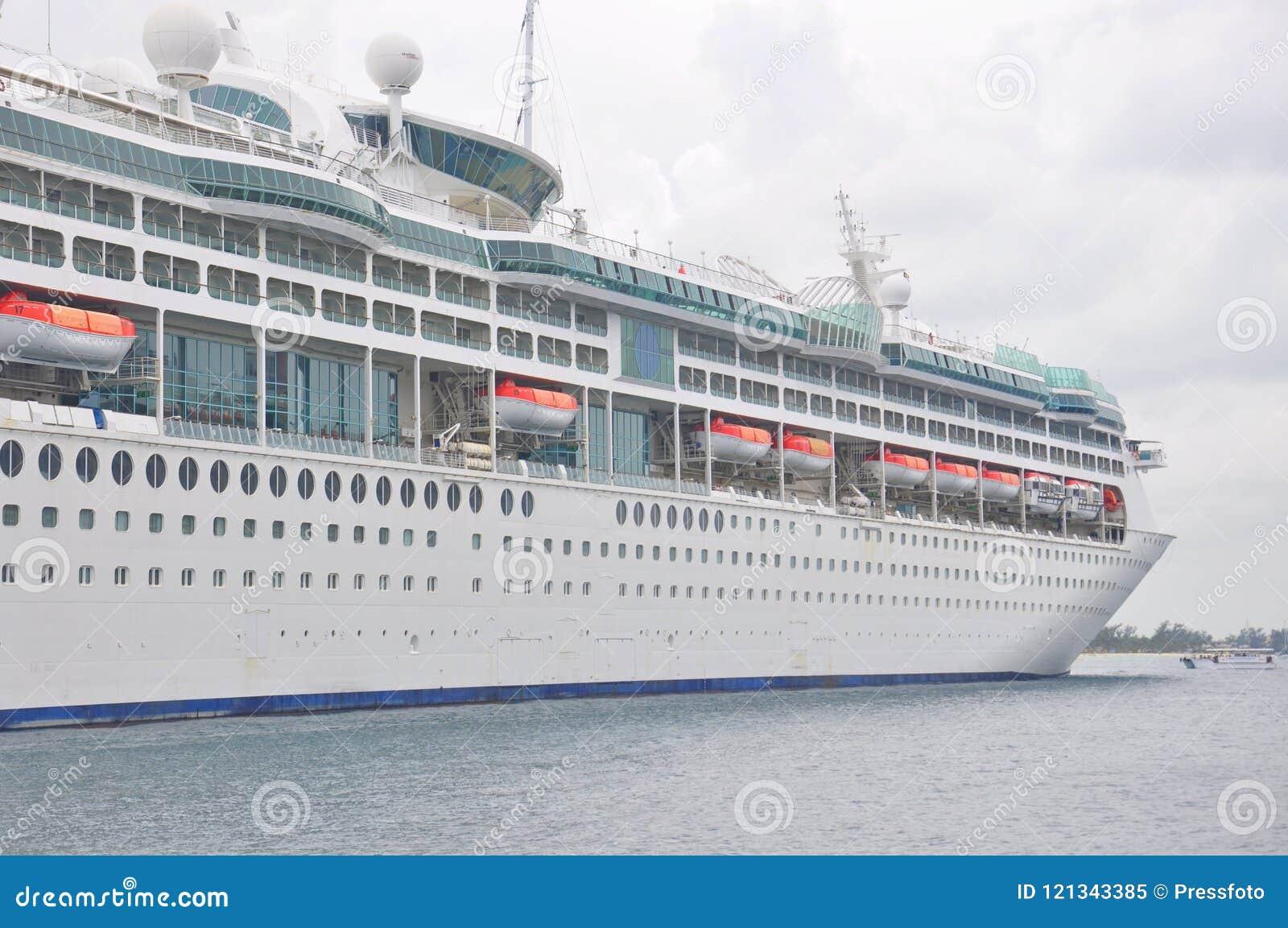 Enchantment του κρουαζιερόπλοιου θαλασσών σε Nassau