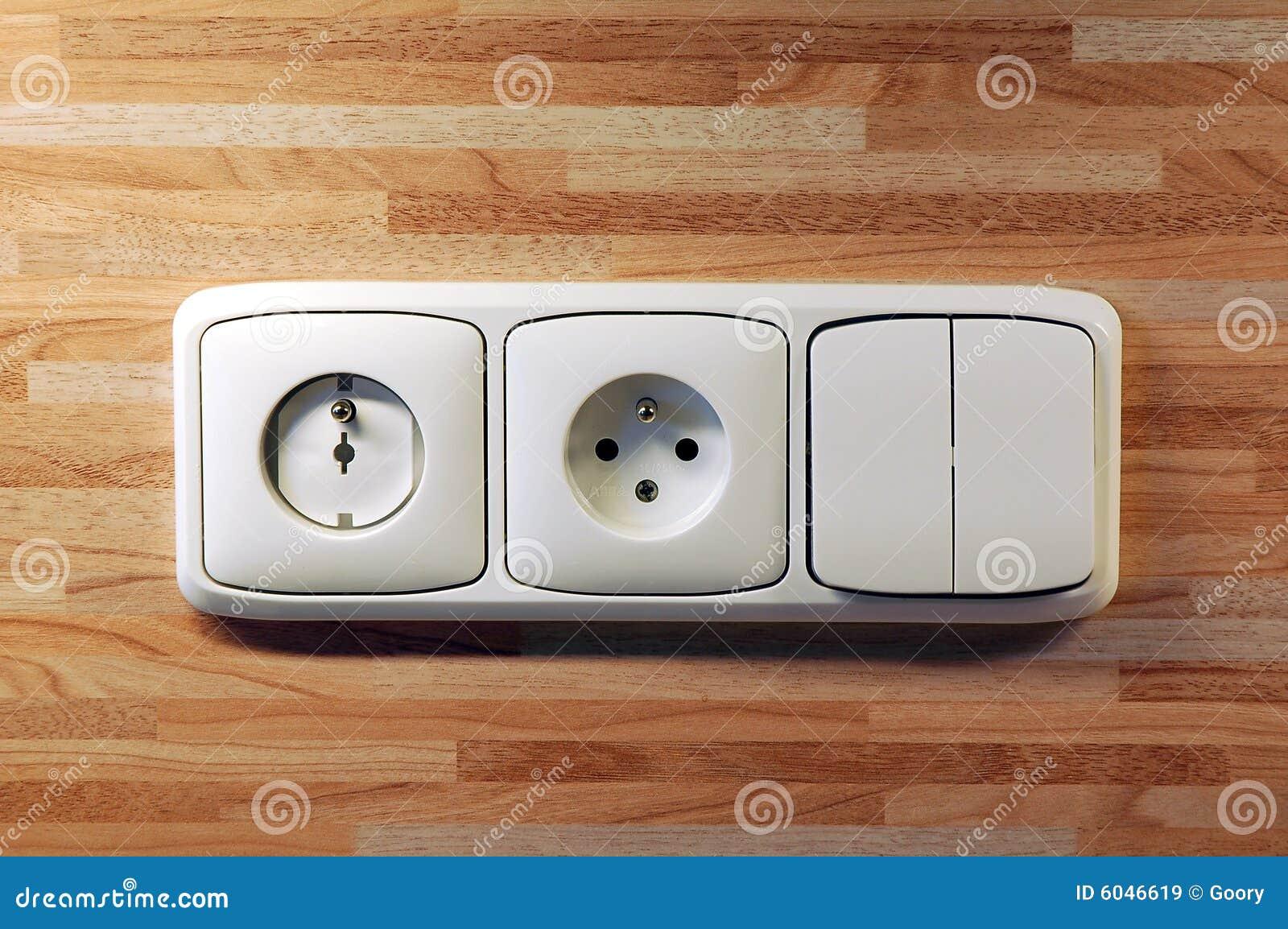 Enchufes e interruptores im genes de archivo libres de - Enchufes e interruptores ...