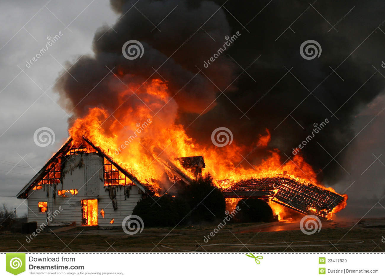 Encima en de humo, casa en el fuego