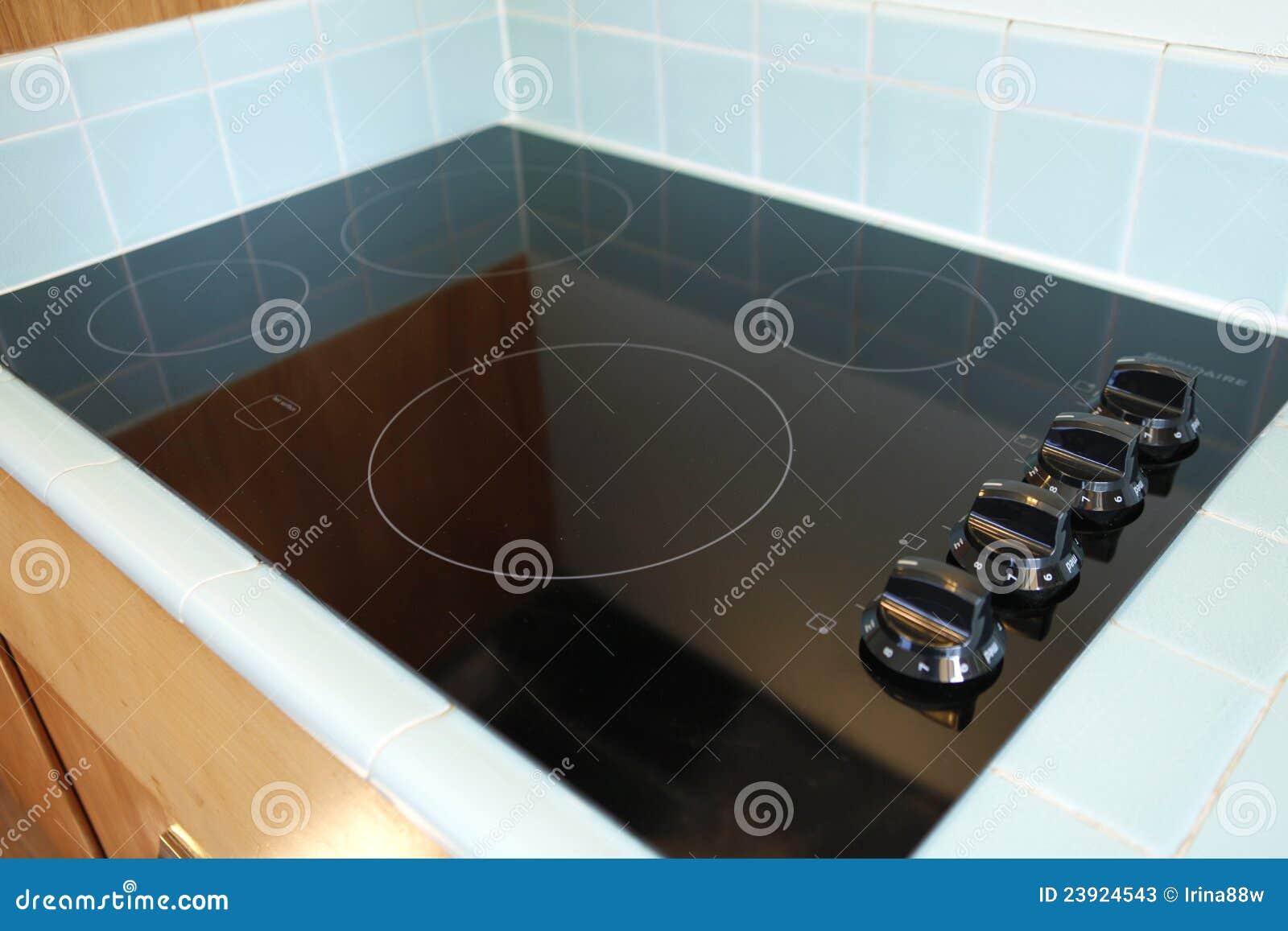 Encimera moderna de la estufa negra nueva imagen de - Encimeras modernas ...