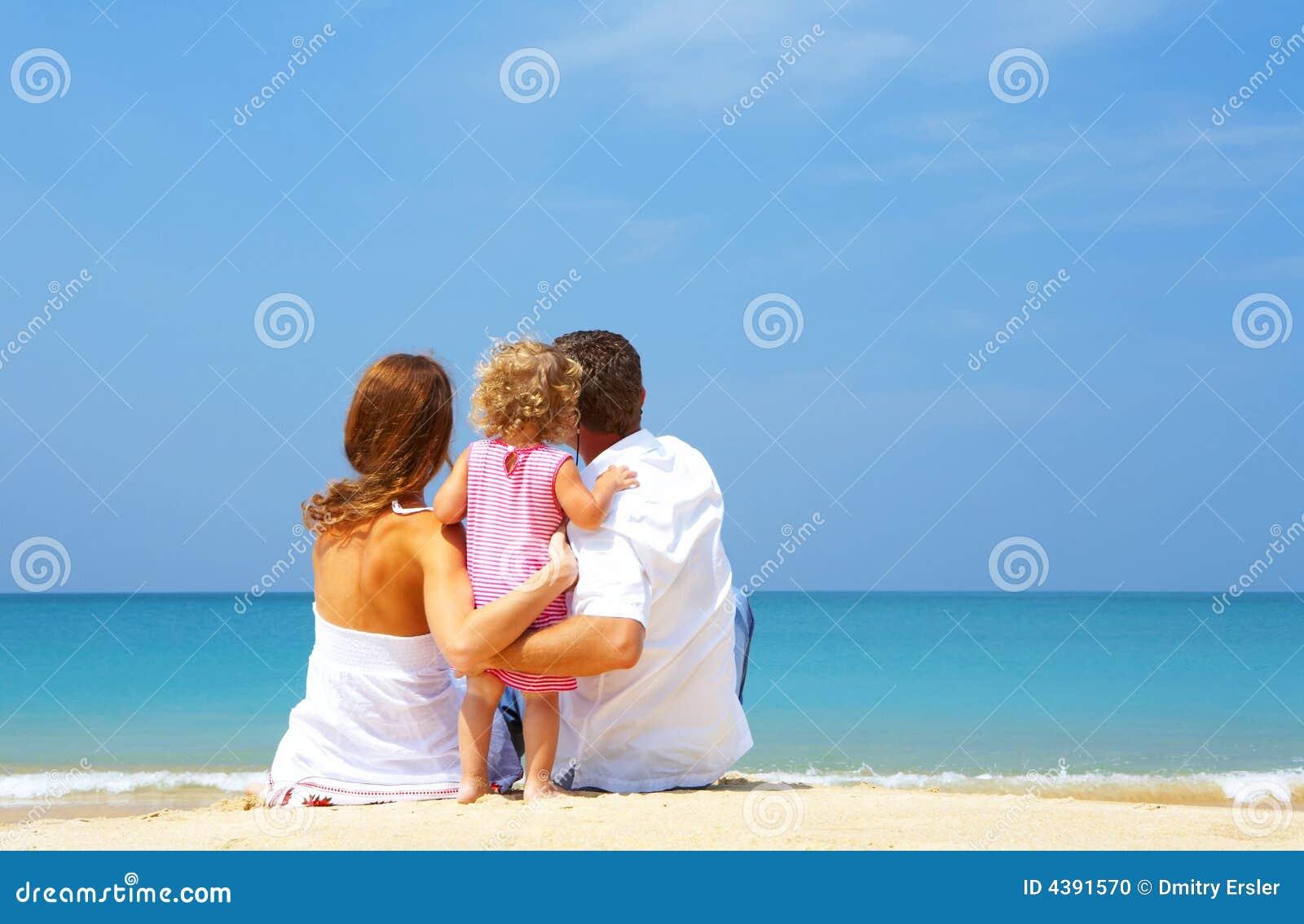 Фото семейной пары море пляж 7 фотография