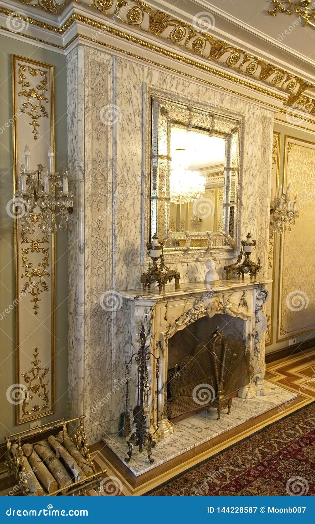 Endroit du feu de palais de Ceausescu