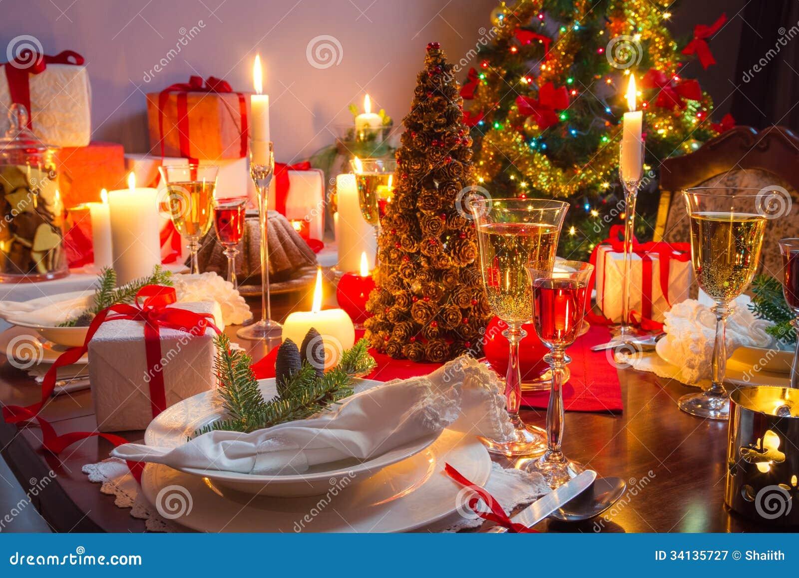 Endroit gratuit la table de no l image stock image du couverts joyeux 34135727 - Image de noel gratuite ...