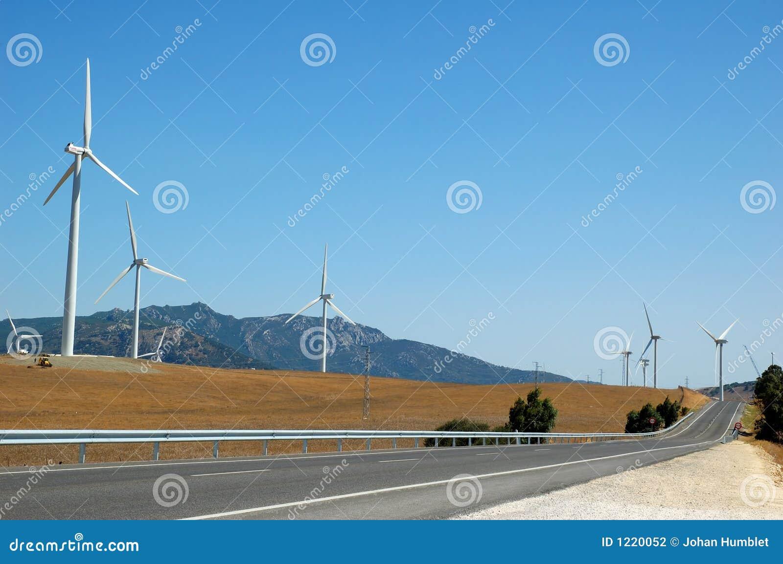 Energía alternativa por las turbinas de viento