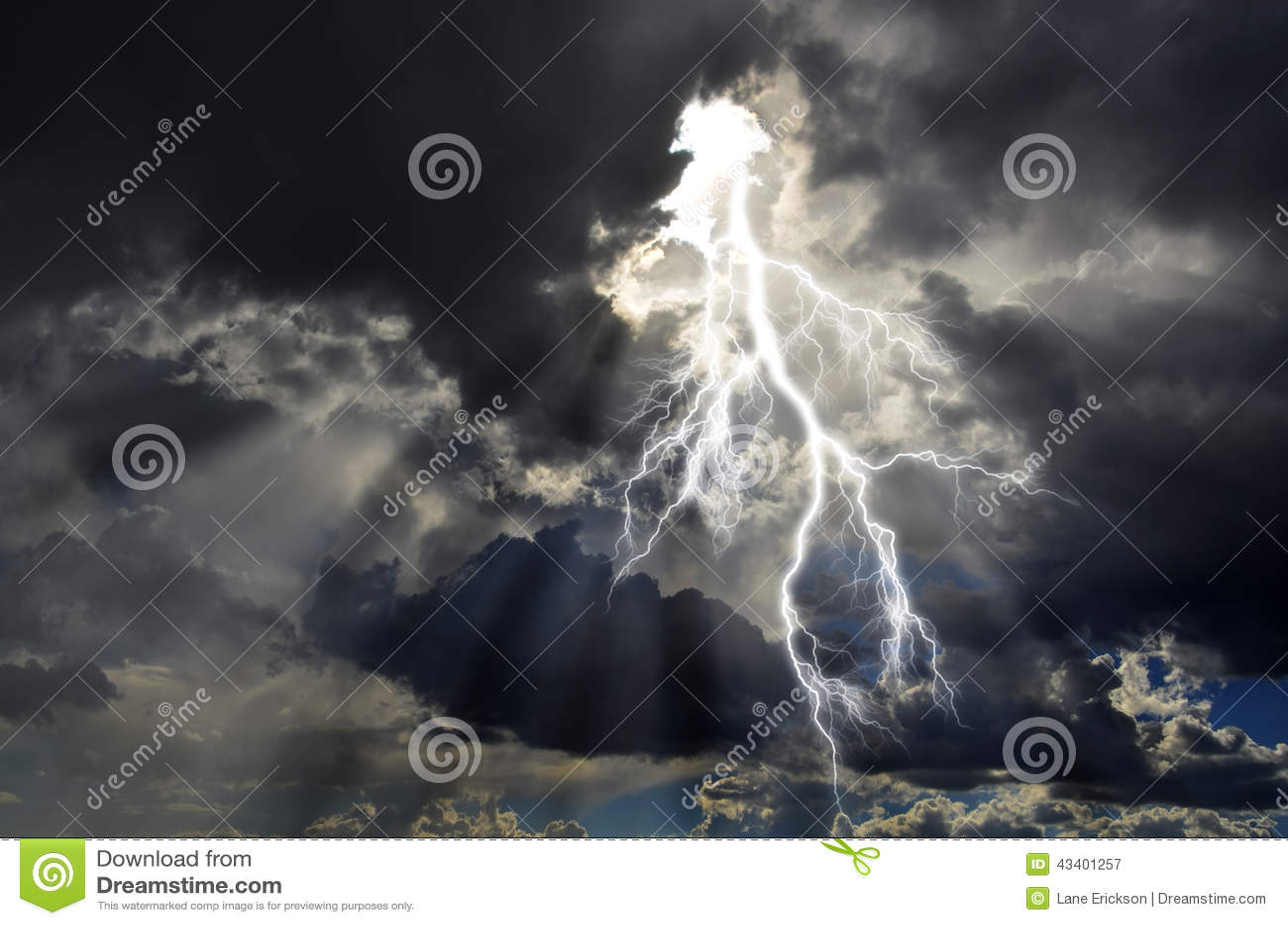 Energía pura y electricidad que simbolizan poder