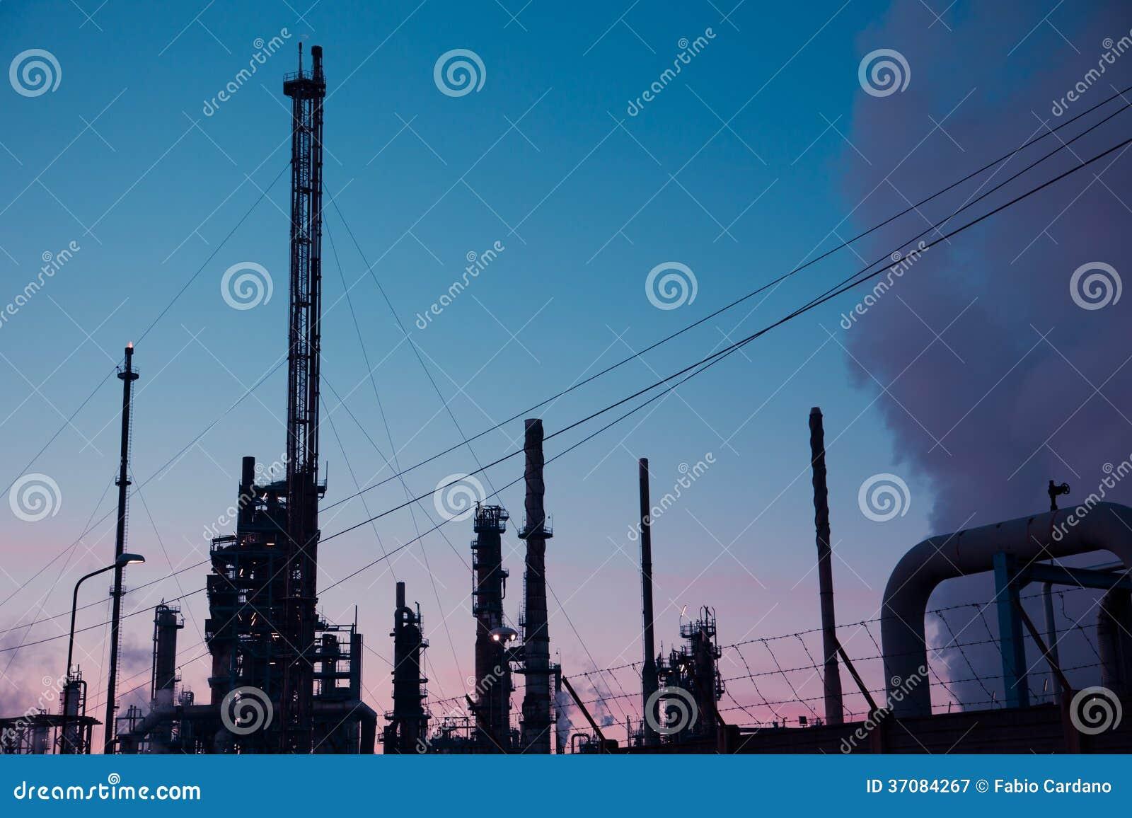 Download Energetyczna elektrownia obraz stock. Obraz złożonej z firma - 37084267