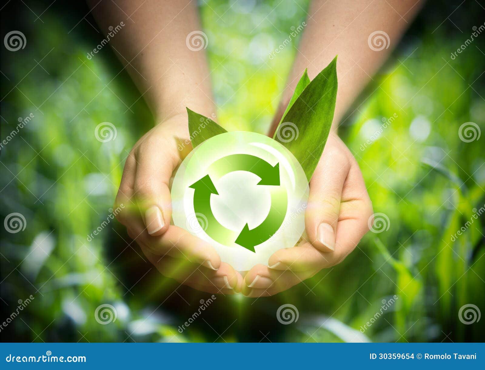 Energia renovável nas mãos