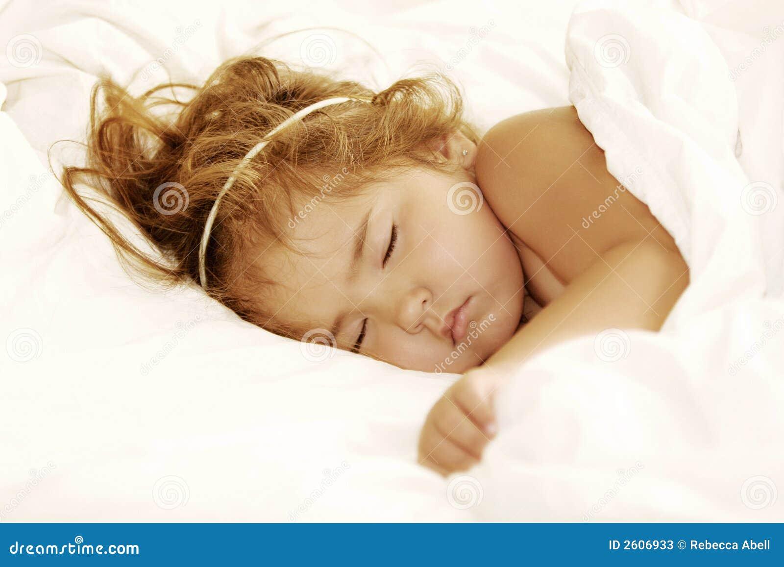 Enfant de sommeil angélique