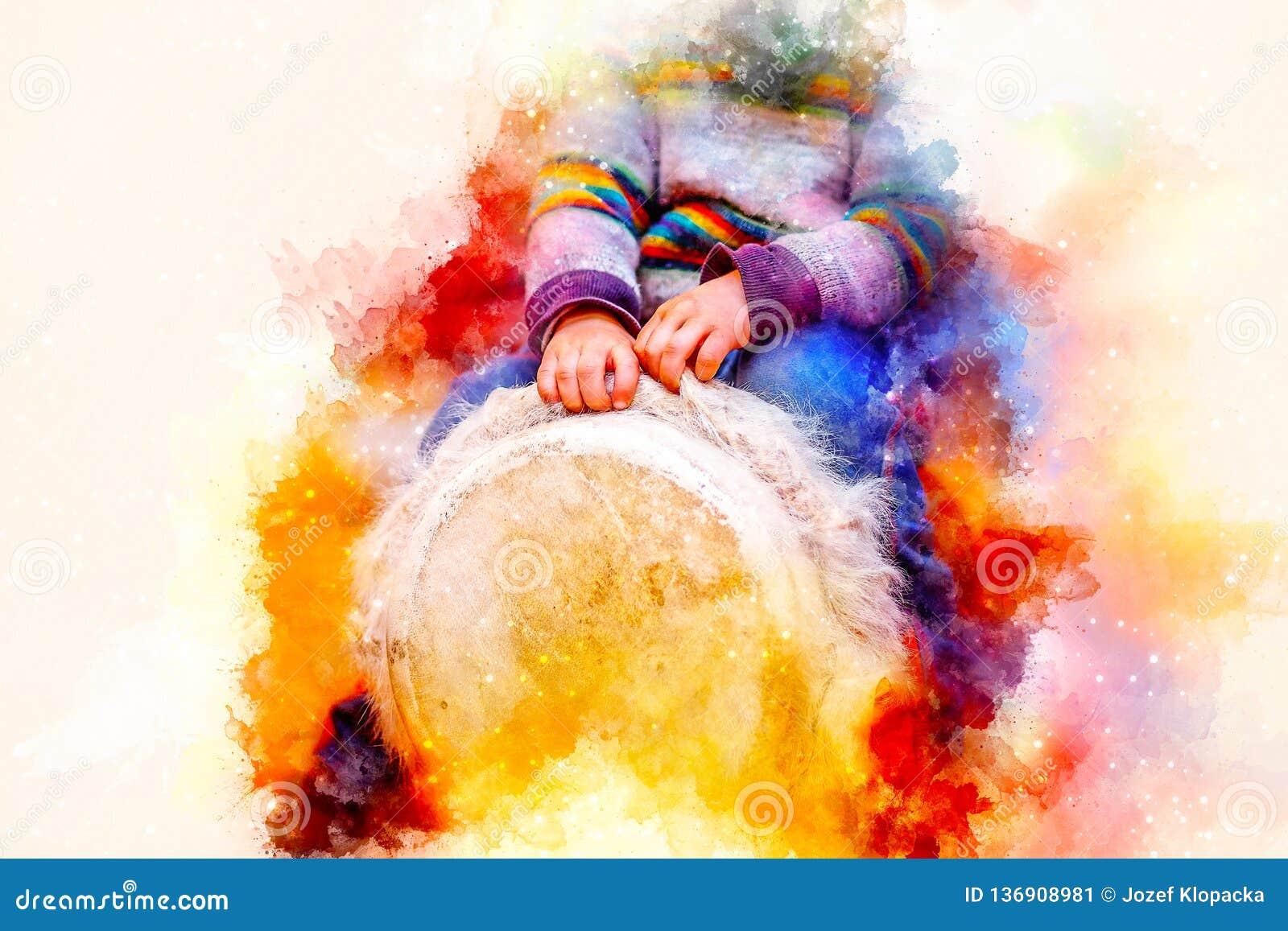 Enfant jouant un tambour de djembe avec les configurations naturelles de fourrure de chèvre et le fond doucement brouillé d aquar
