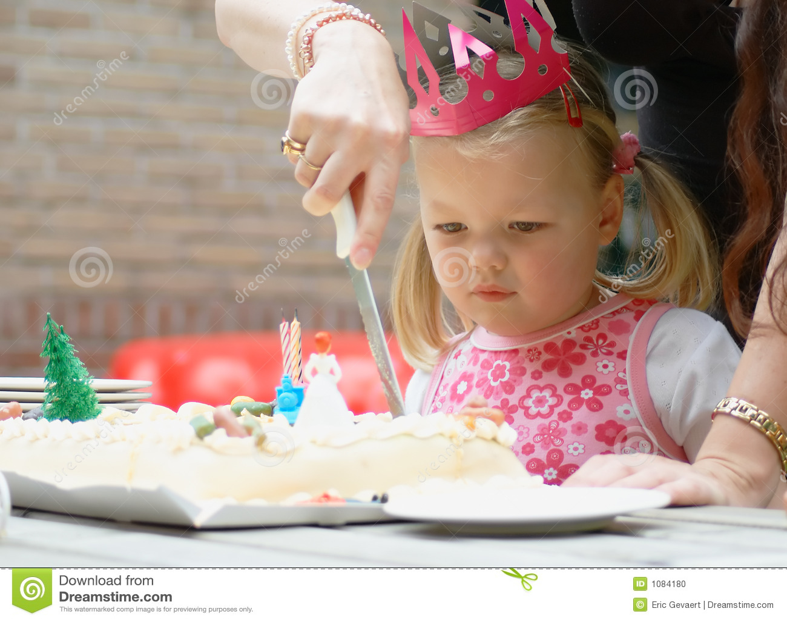 Enfant sur l anniversaire