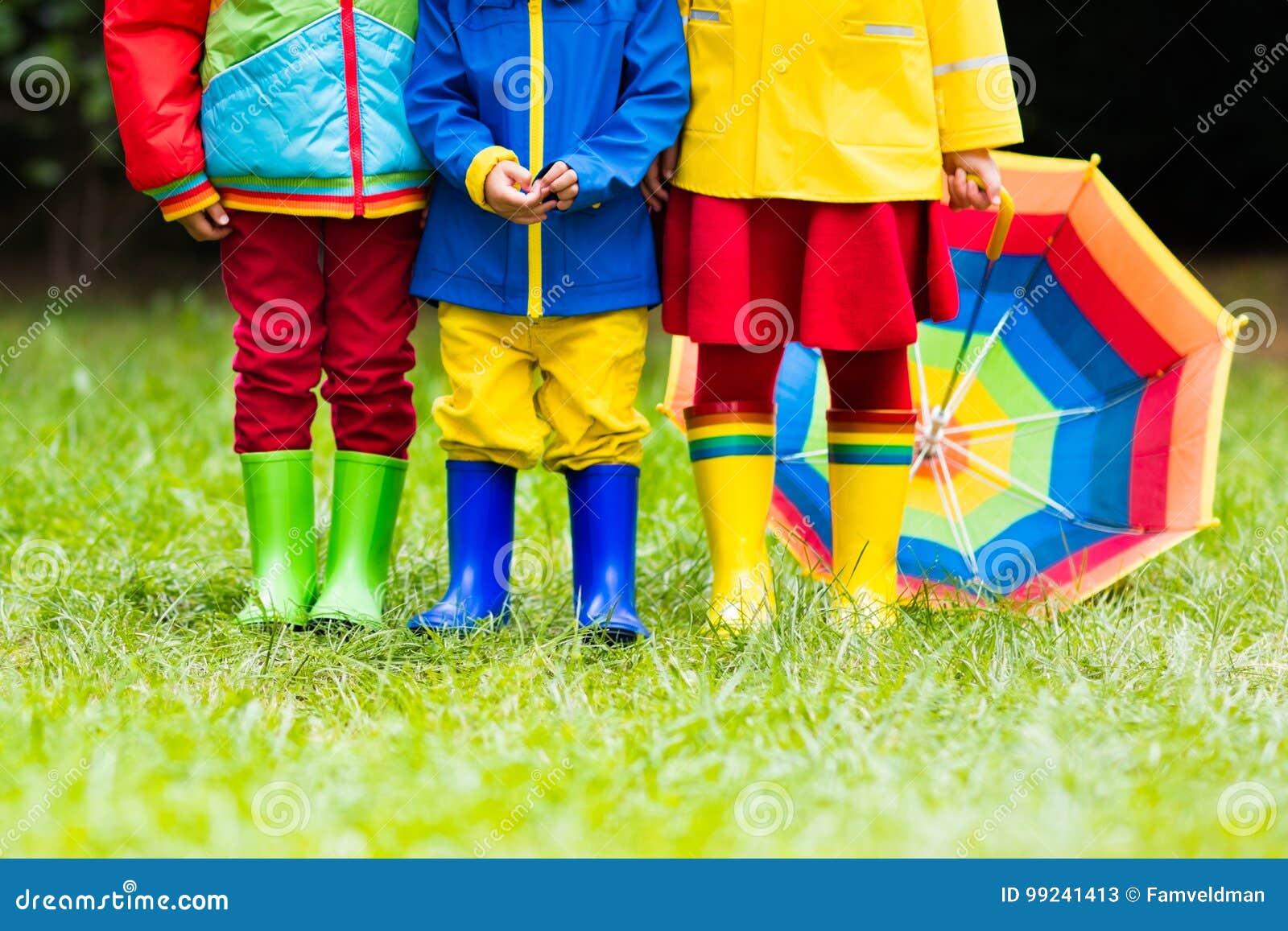 Dans En Bottes De Des Enfants Pour Gaines Pluie Caoutchouc 7vgY6ybf