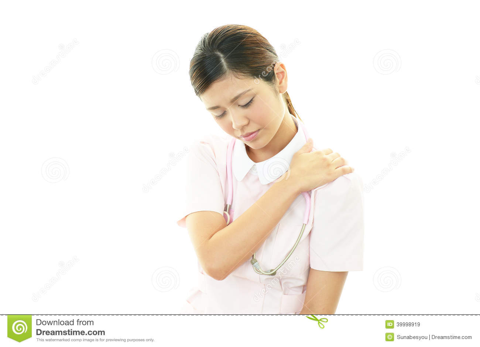 Enfermera con dolor del hombro.