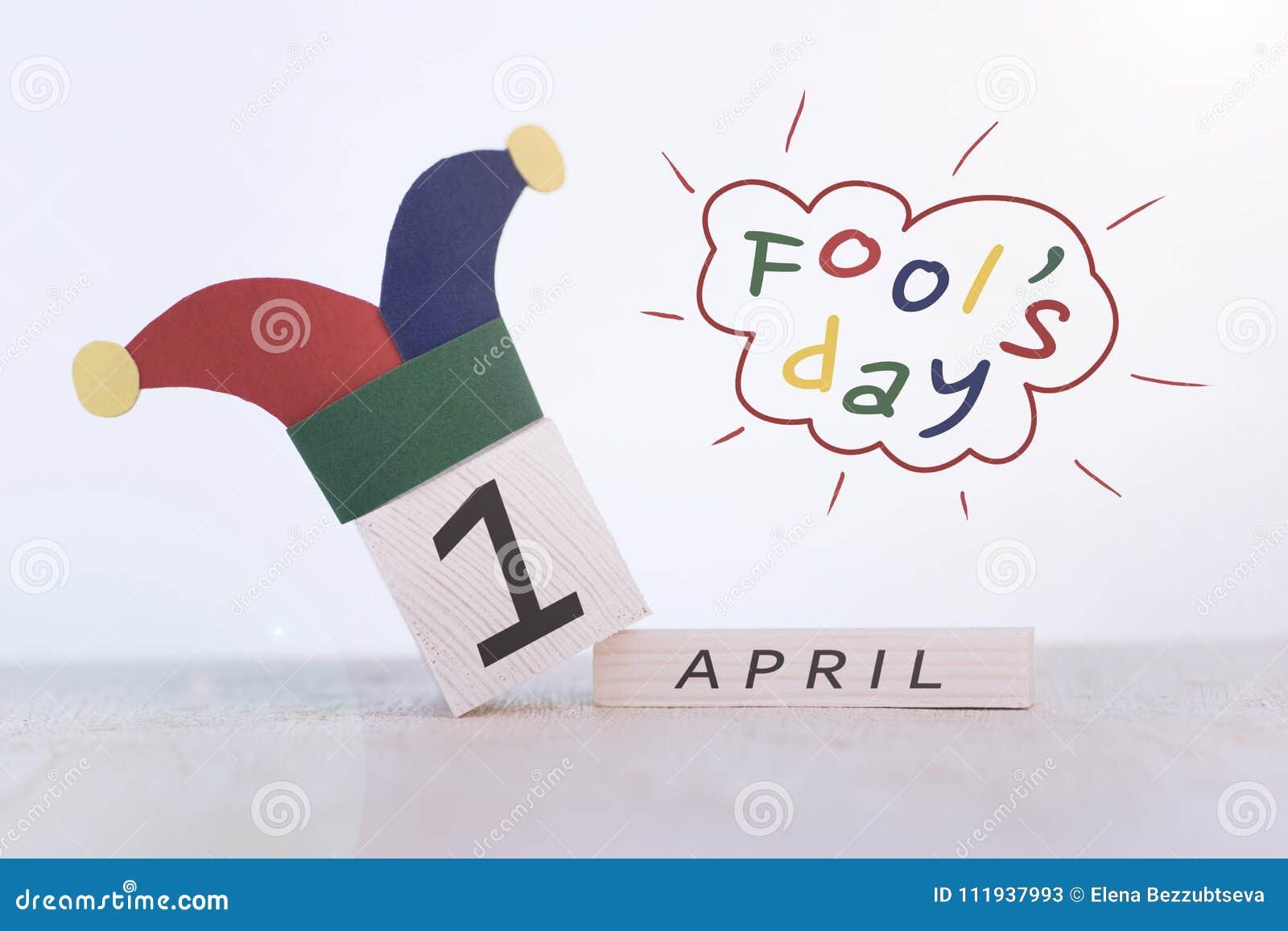 Engana o dia do `, data o 1º de abril no calendário de madeira