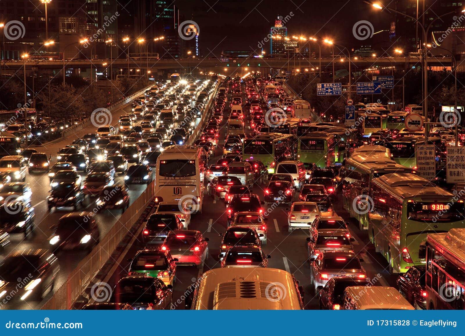 Engarrafamento em Beijing na noite