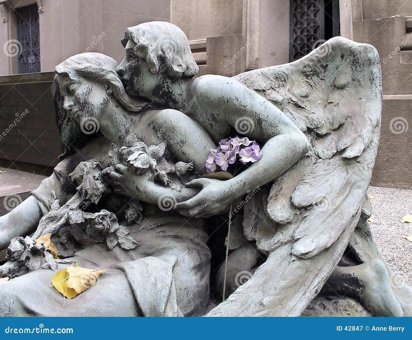 Engel met hydrangea hortensia