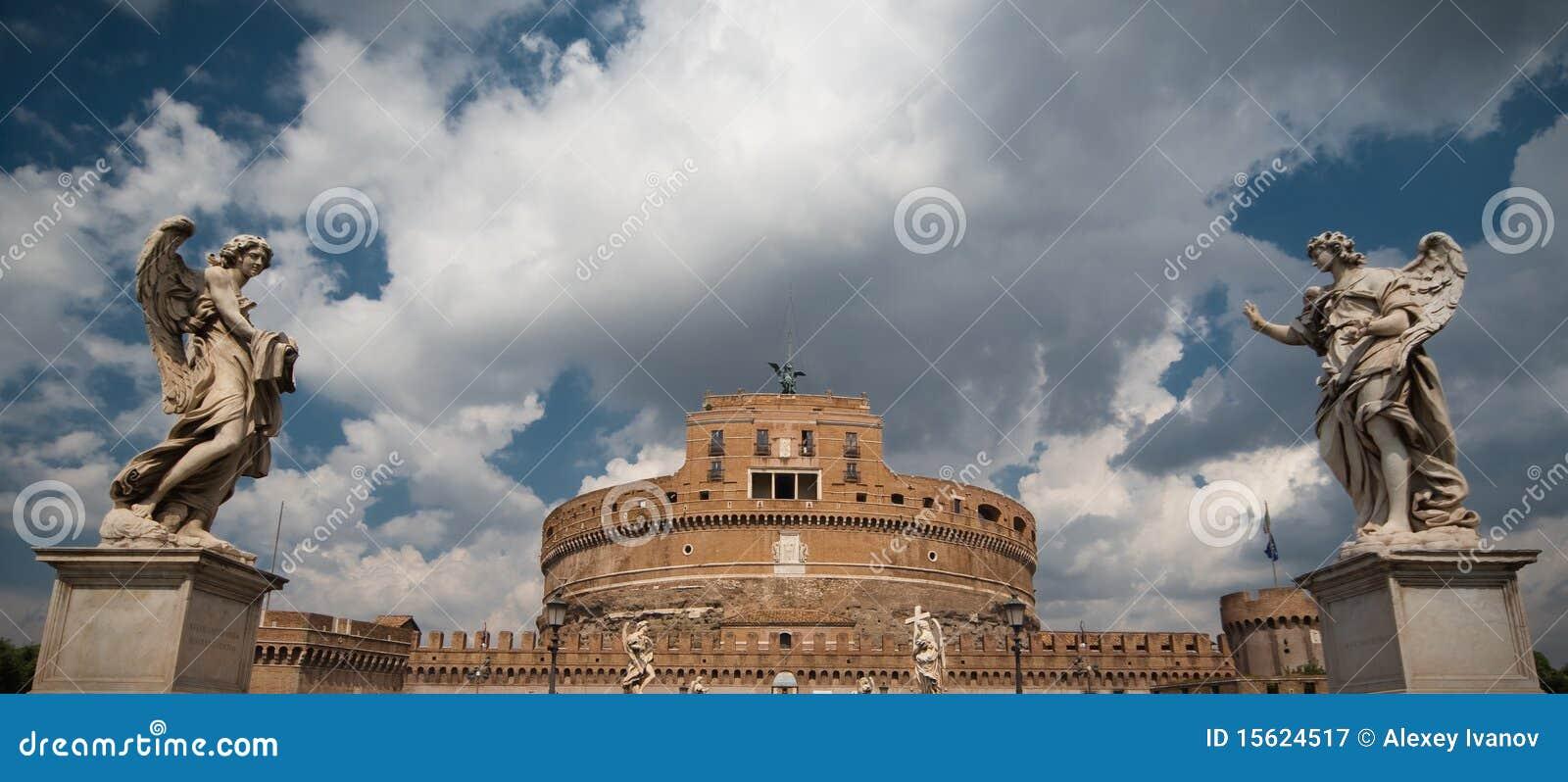 Engelen op brug en Castel Di Sant Angelo