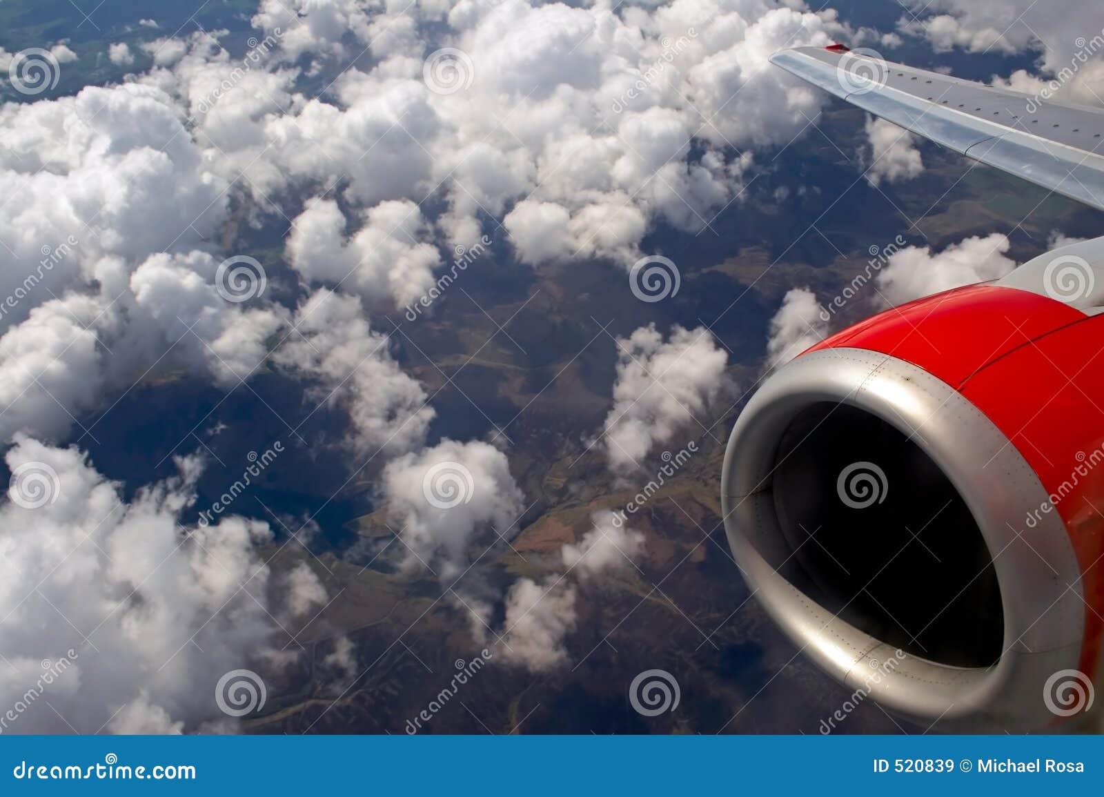 Engelskt flyg för bygd över
