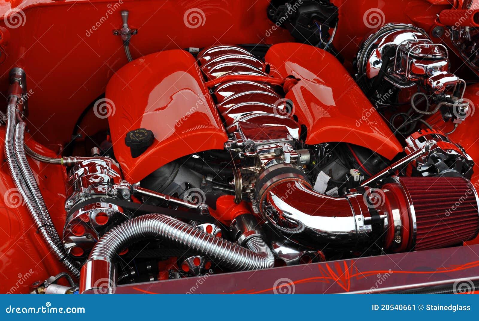 Engine de véhicule orange