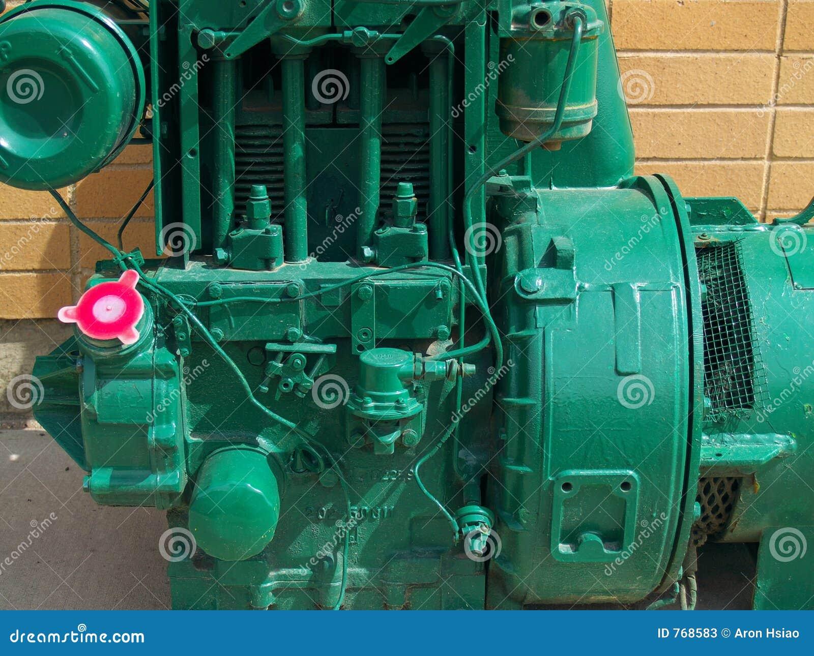 Engine industrielle peinte vert clair