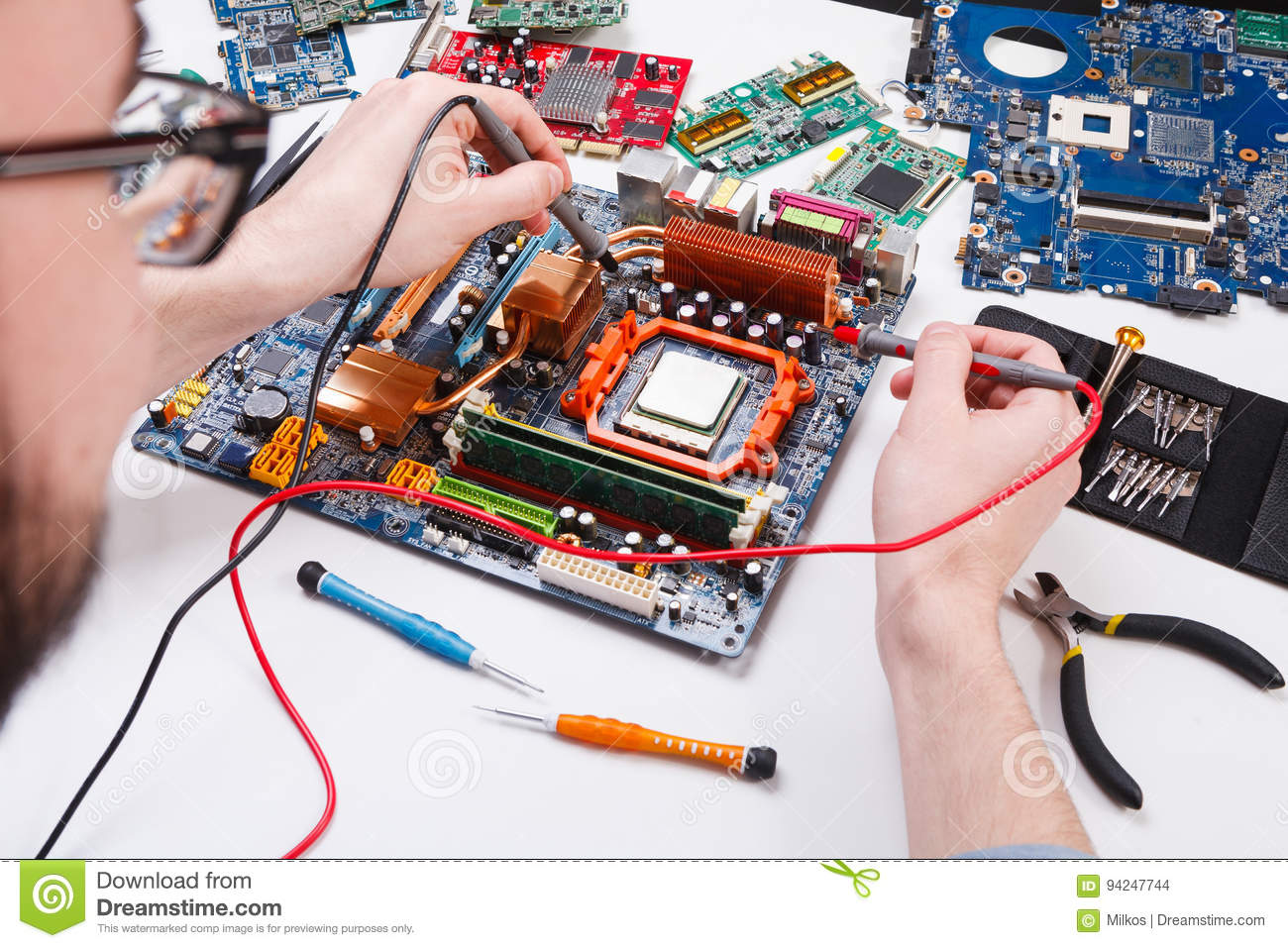 how to check computer motherboard with multimeter