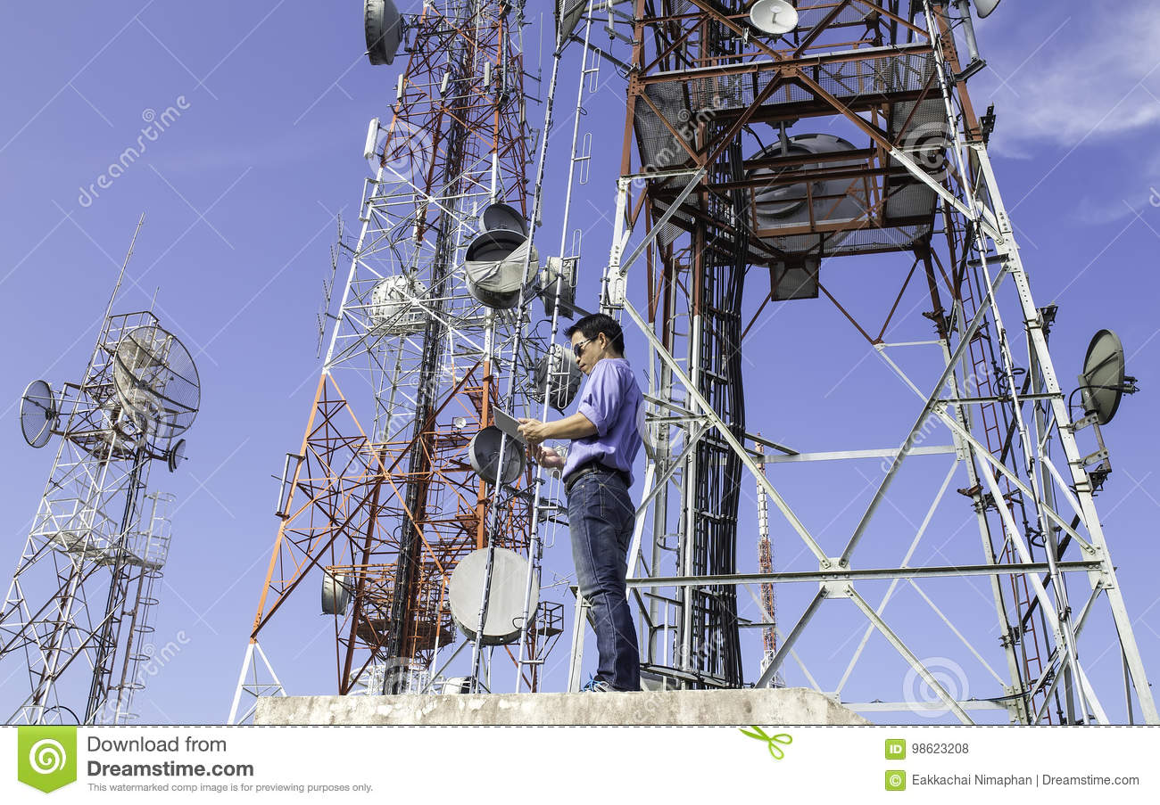 Engineer communications check Antenna