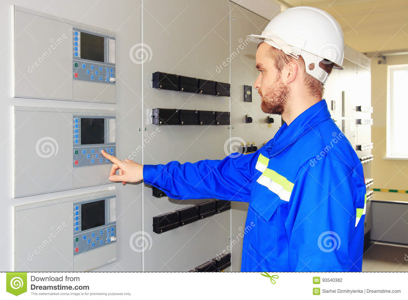 Electrical Engineer Equipment : Engineer technician electrical equipment testing