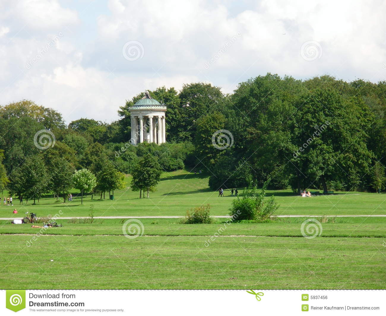 englischer garten in munich royalty free stock image image 5937456. Black Bedroom Furniture Sets. Home Design Ideas