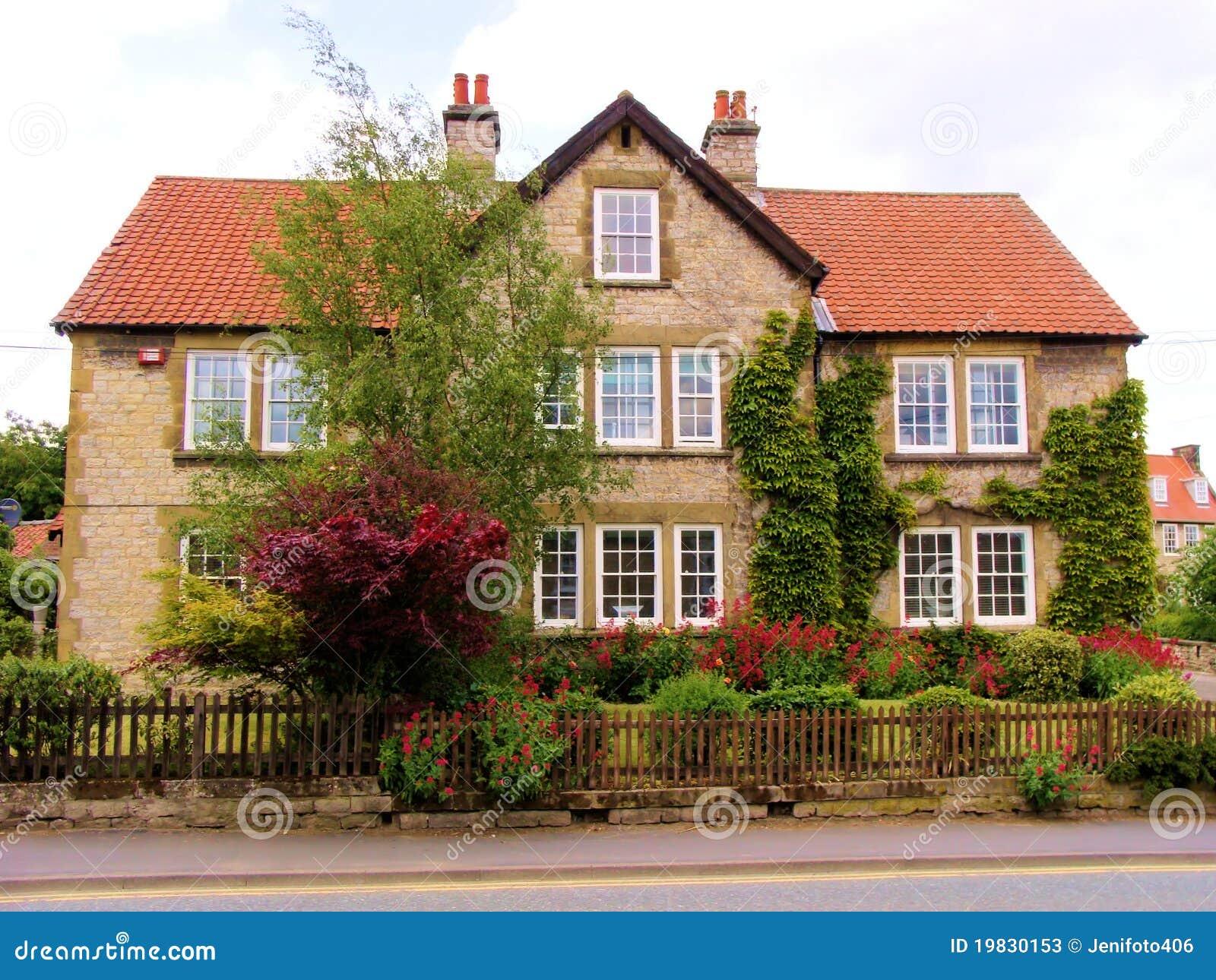 Typisch Englisches Wohnzimmer Haus Stockfotos Bild 19830153