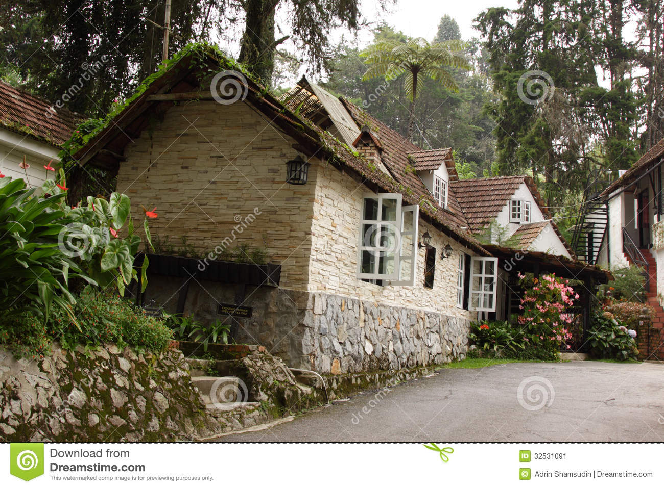 Plans For Cottages And Small Houses English Cottage Stock Image Image Of Nature Horizontal
