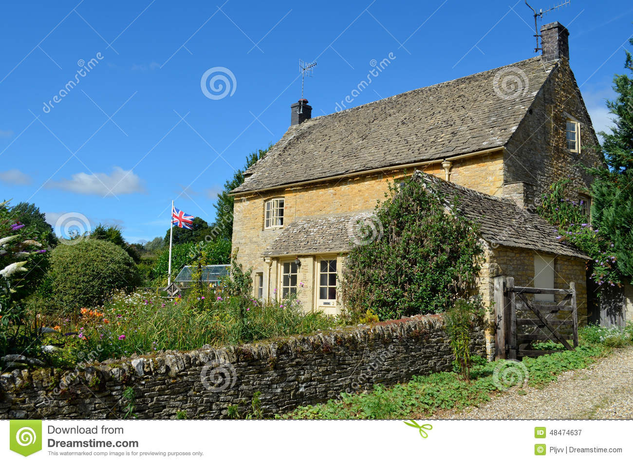 English cottage with garden stock photo image 48474637 for Cottage anglais