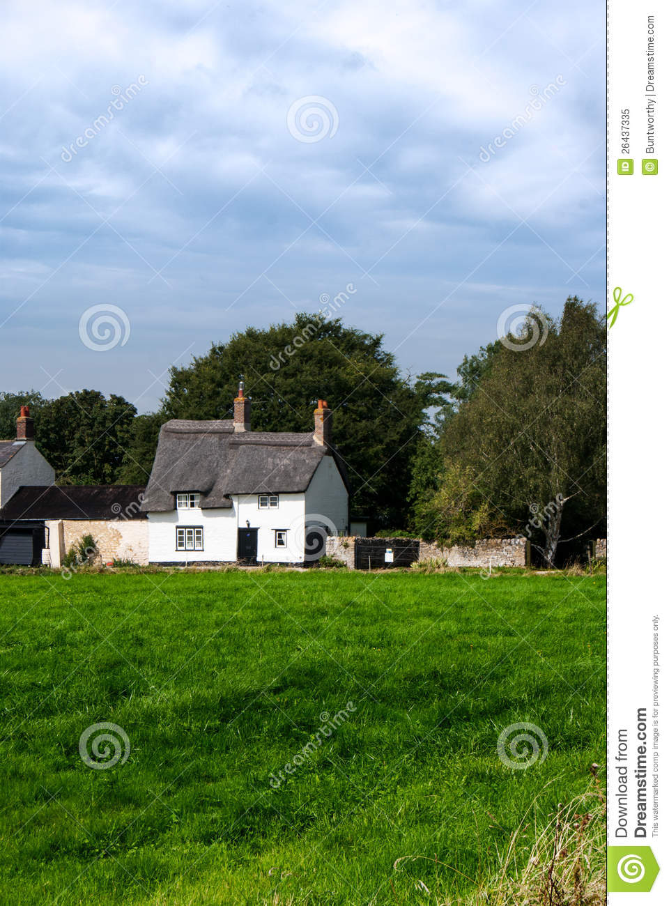 English Country Thatched Cottage Stock Image Image 26437335
