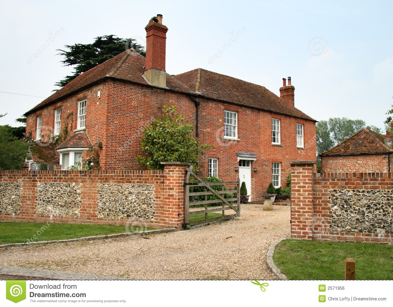 English Farmhouse Royalty Free Stock Image Image 2571956