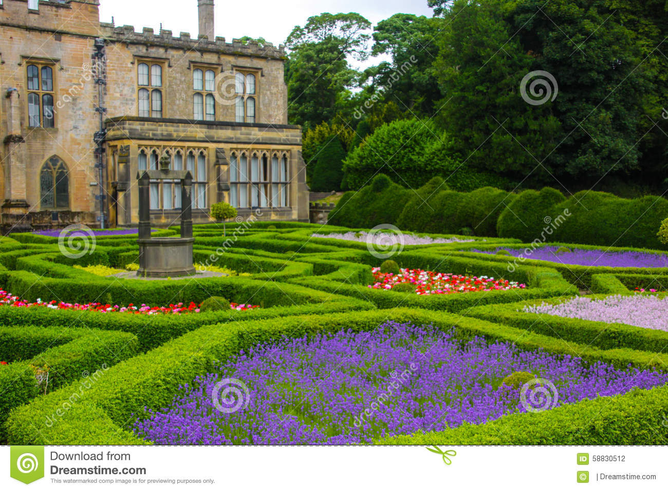 English garden and a house stock photo image of colors for Jardin en ingles