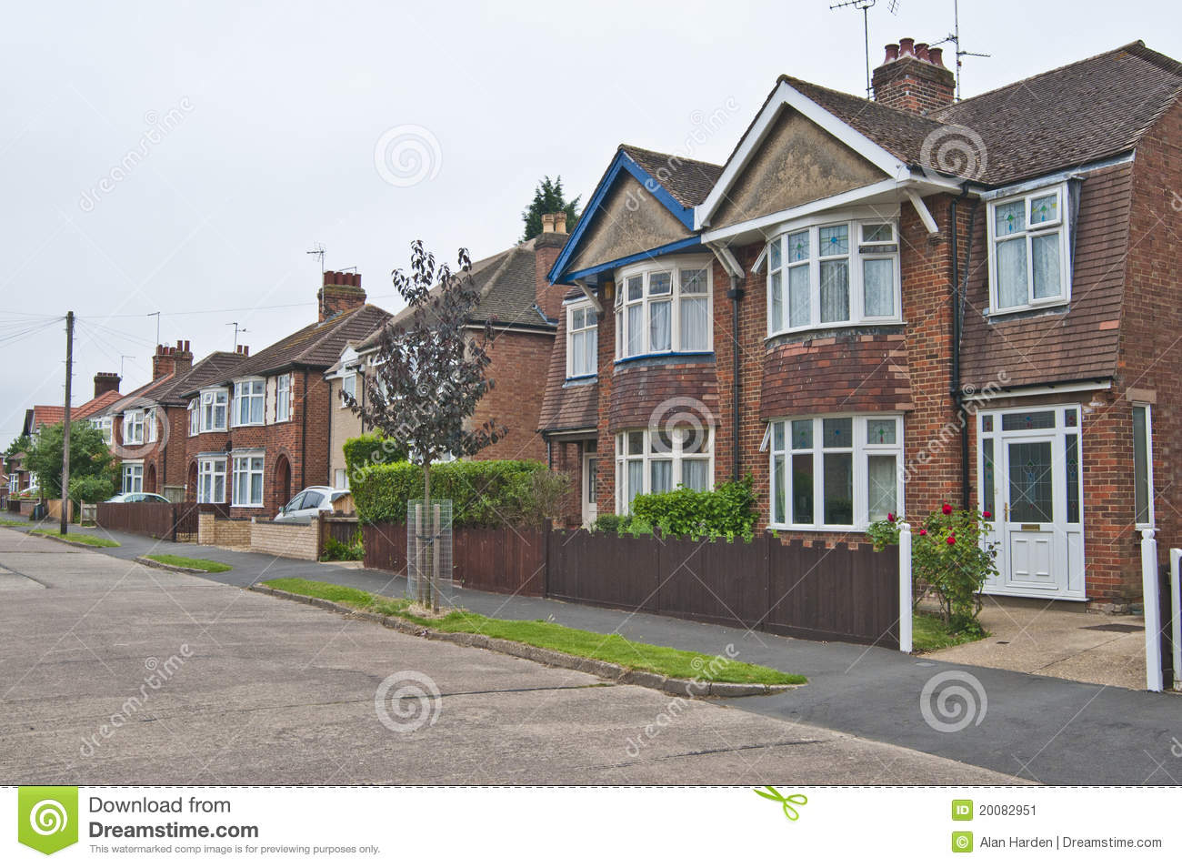 English Street Of Semi Amp Detached Houses Stock Image